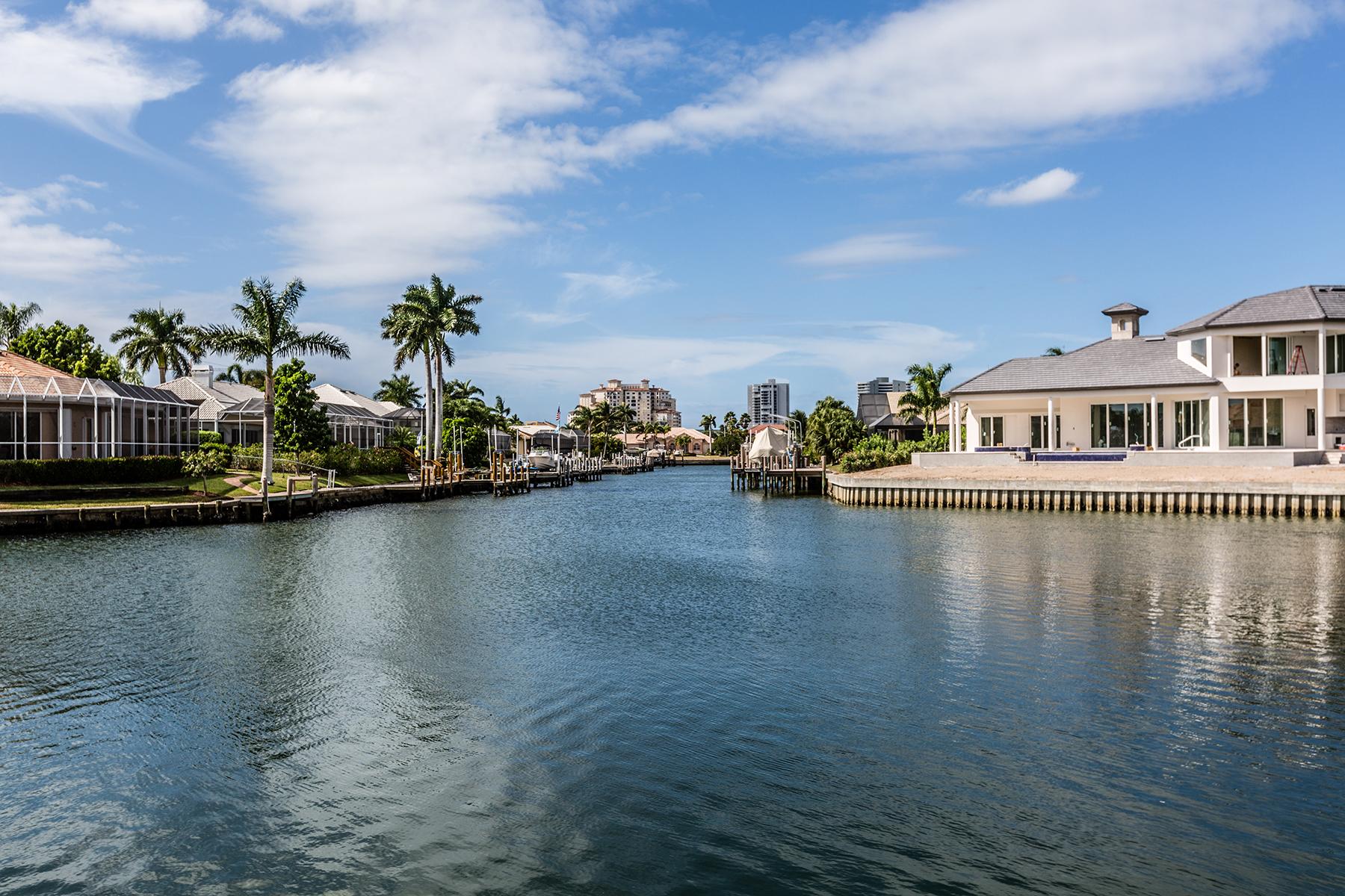 土地 为 销售 在 MARCO ISLAND - WHITEHEART COURT 1153 Whiteheart Ct 马可岛, 佛罗里达州, 34145 美国