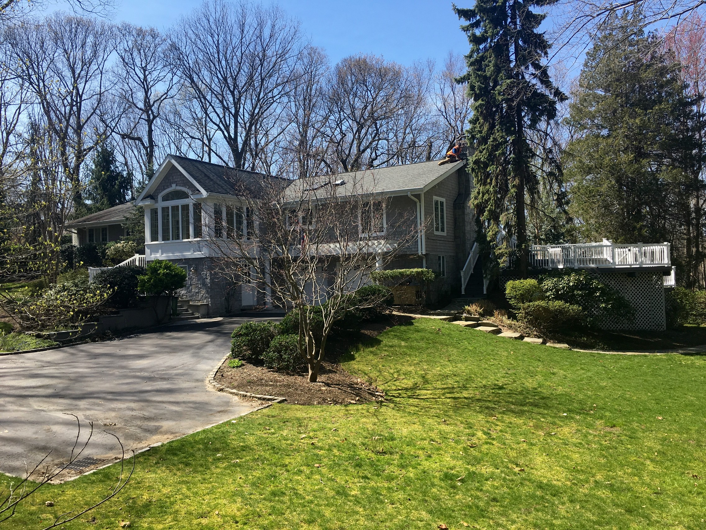 Maison unifamiliale pour l Vente à Traditional 12 Oakwood Dr Lloyd Neck, New York, 11743 États-Unis
