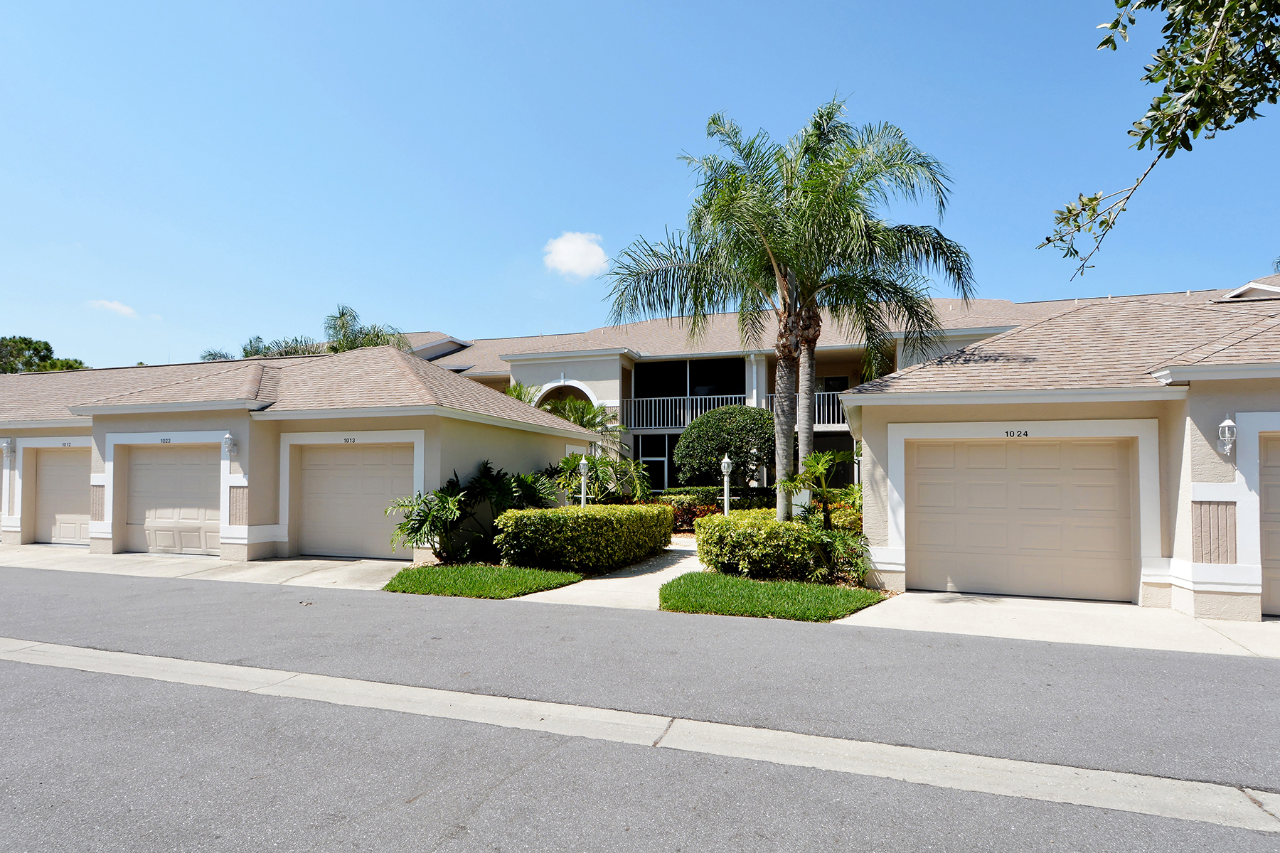 Condominium for Sale at SARASOTA 9621 Castle Point Dr 1013 Sarasota, Florida, 34238 United States
