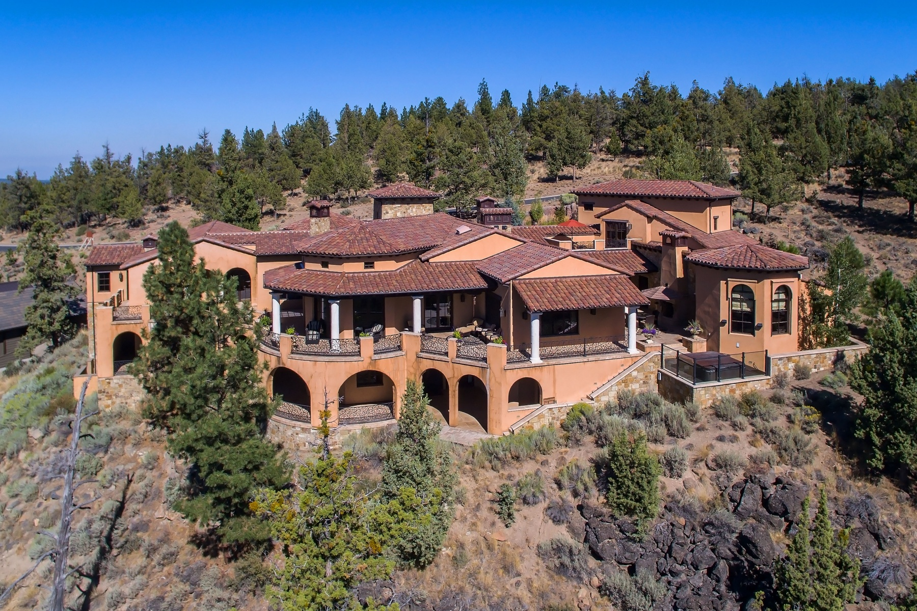 sales property at Villa Montanas, Ten Peaks at North Rim