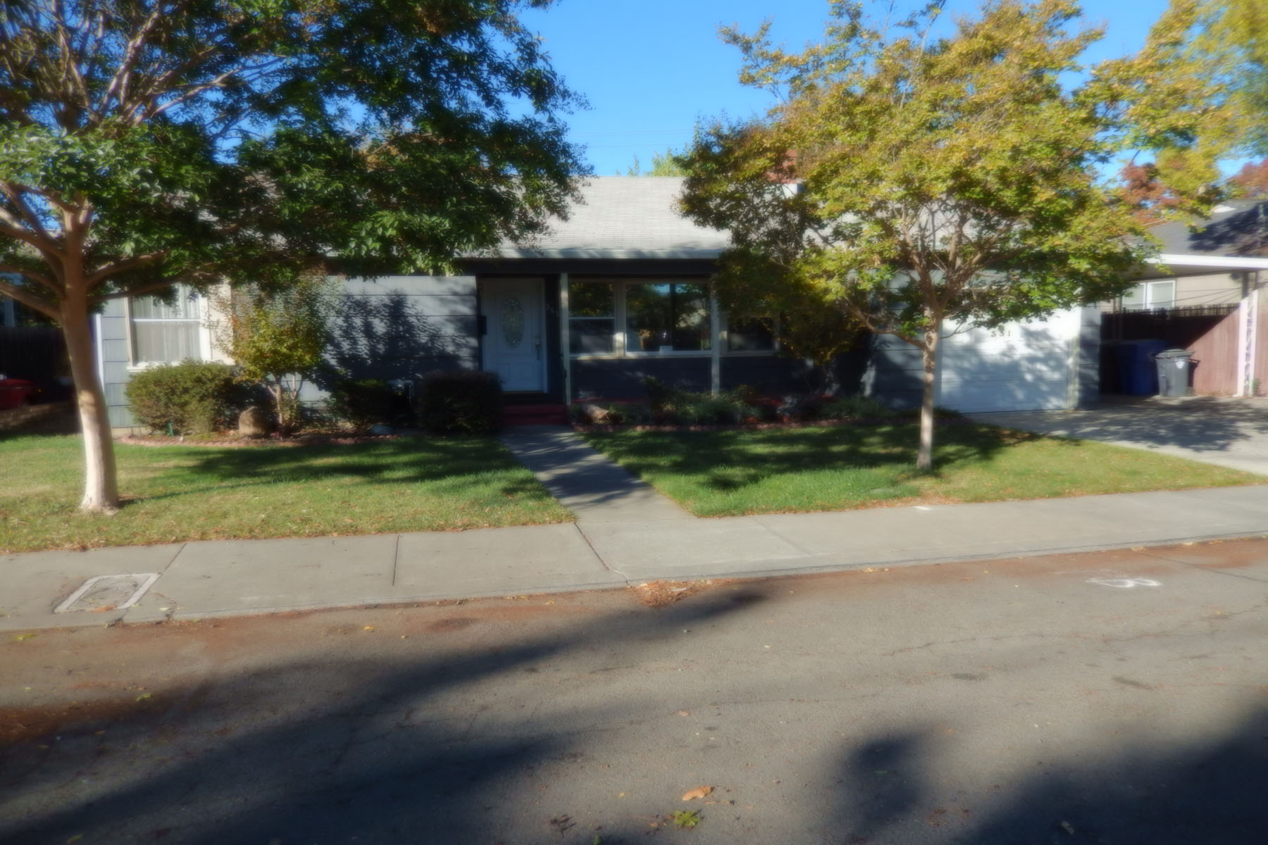Casa Unifamiliar por un Venta en 351 Monroe St, Napa, CA 94559 351 Monroe St Napa, California 94559 Estados Unidos