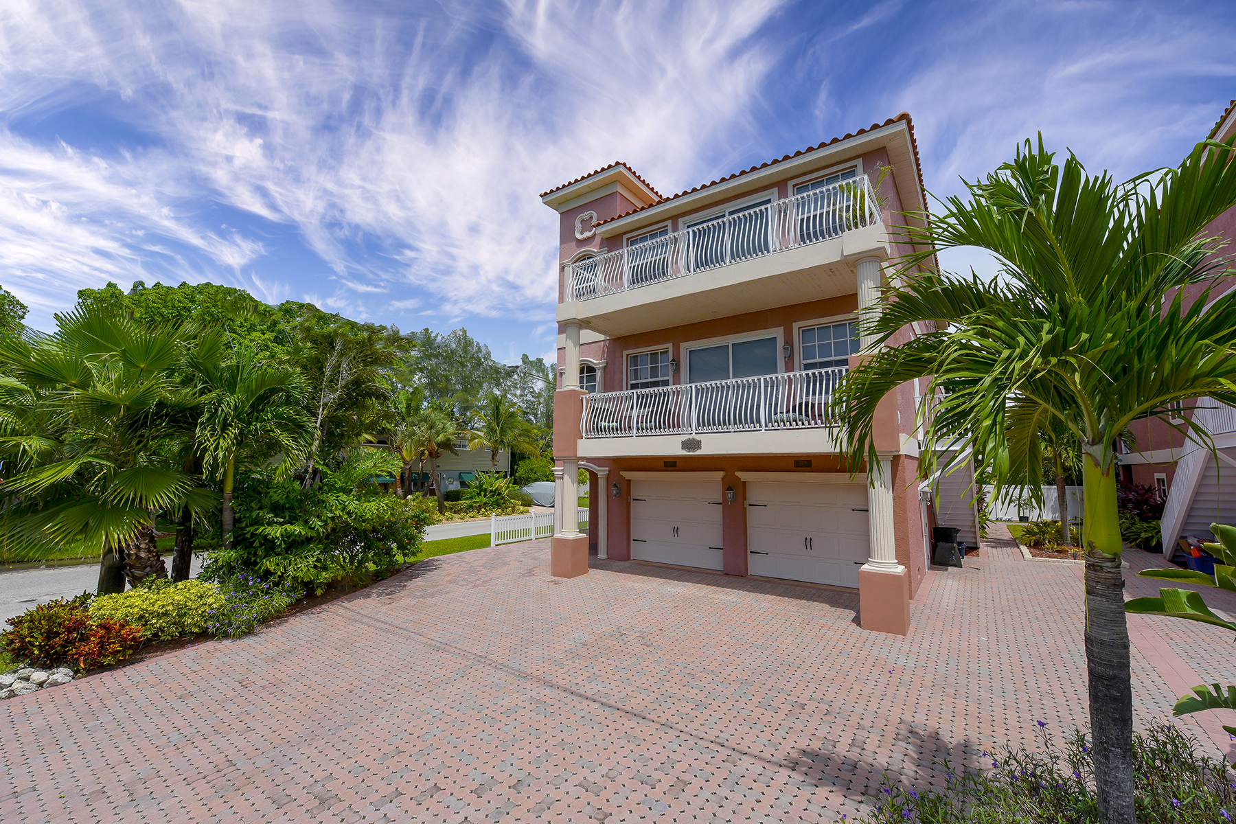 sales property at BRADENTON BEACH
