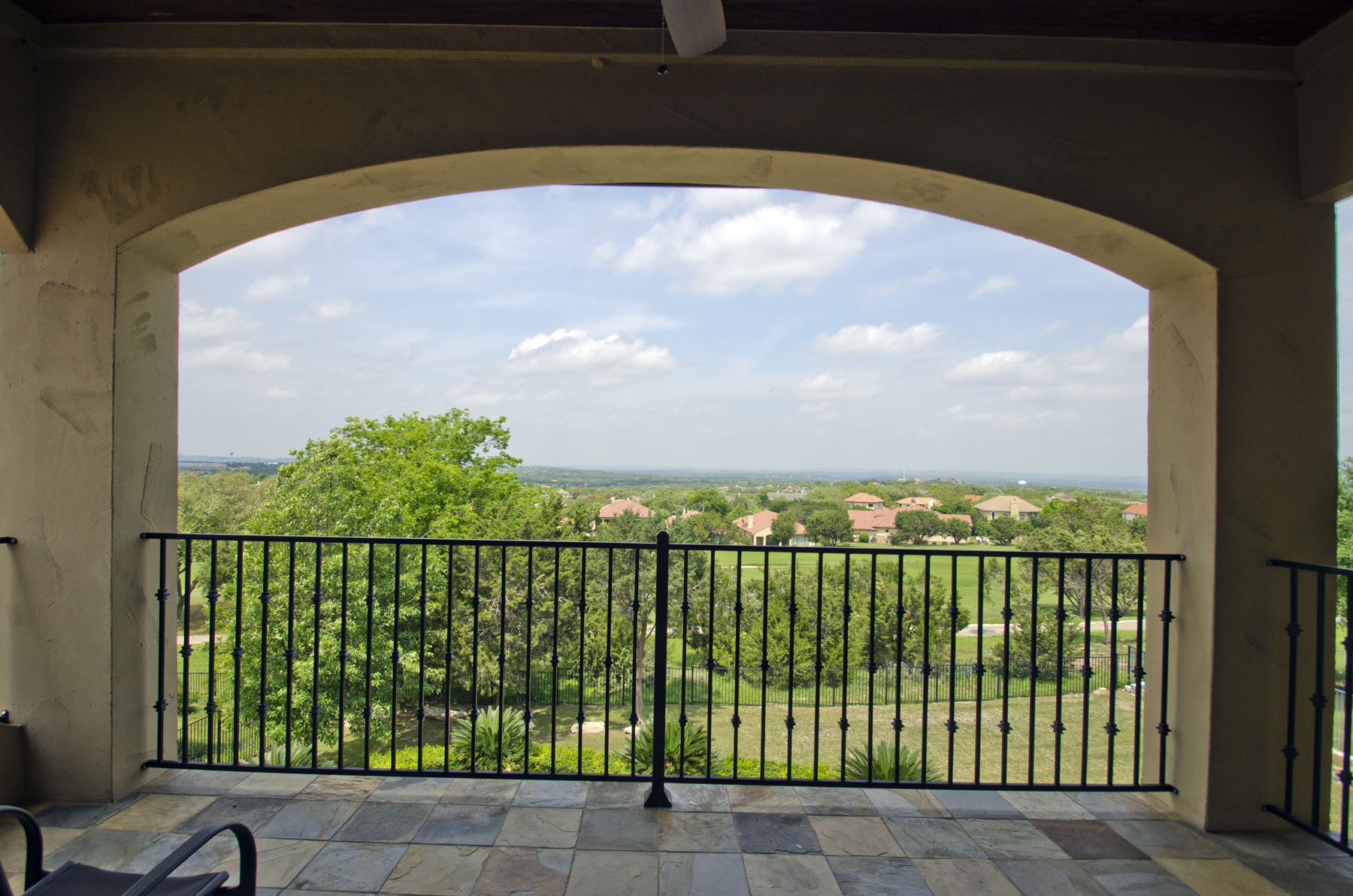 Additional photo for property listing at An Entertainer's Dream Home! 109 Neville Wood Ct Austin, Texas 78738 Estados Unidos