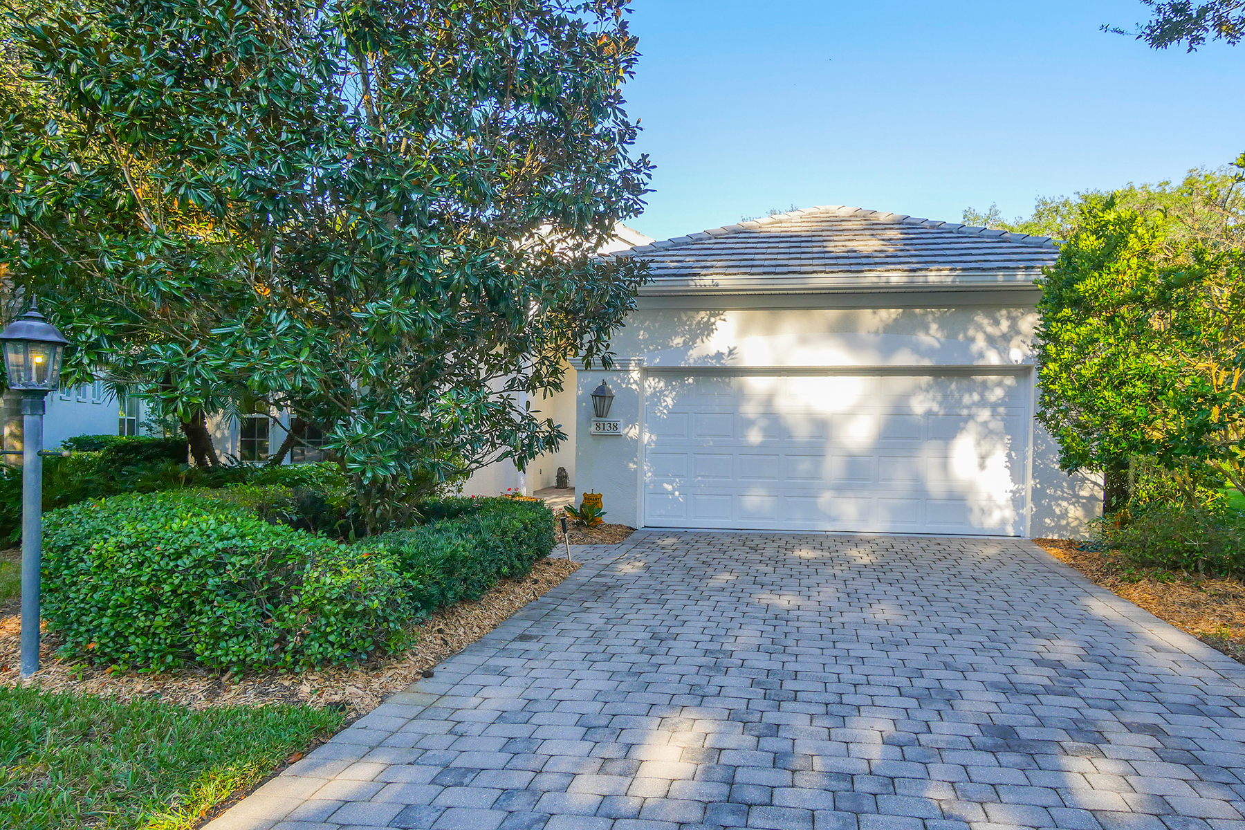 Single Family Home for Sale at UNIVERSITY PARK COUNTRY CLUB 8138 Dukes Wood Ct University Park, Florida, 34201 United States