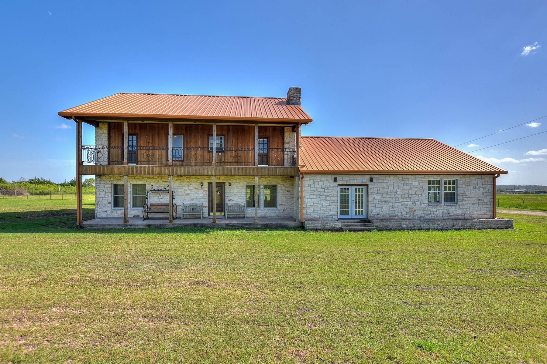 Casa Unifamiliar por un Venta en Fantastic Opportunity in Kyle 2553 Rocky Rd Kyle, Texas 78640 Estados Unidos