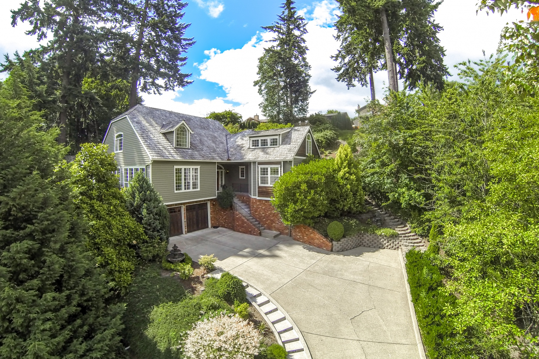 Single Family Home for Sale at Park-Like Tranquil Setting in West Linn 6889 APOLLO Rd West Linn, Oregon 97068 United States