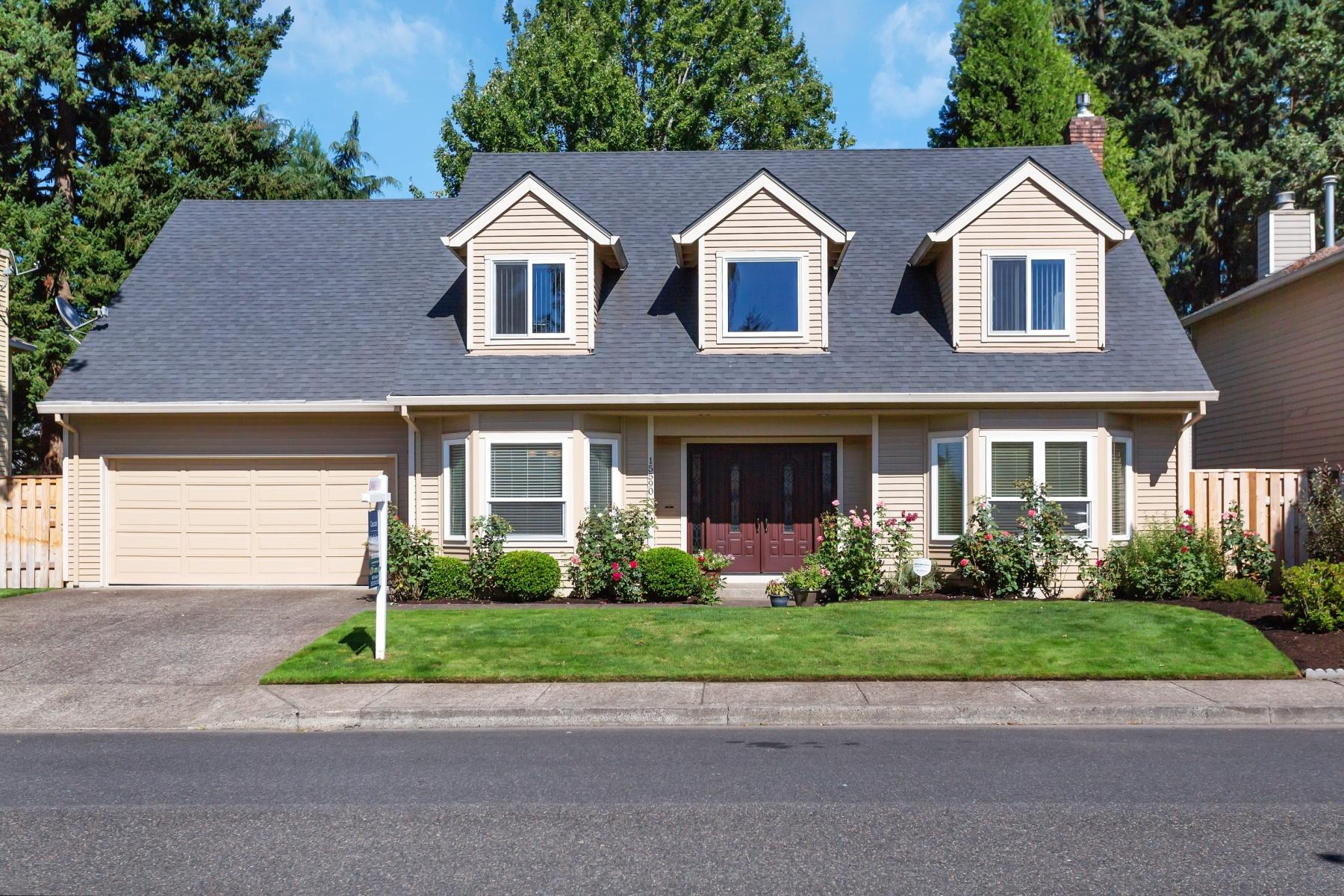 Nhà ở một gia đình vì Bán tại 15590 TANAGER DR, LAKE OSWEGO Lake Oswego, Oregon 97035 Hoa Kỳ