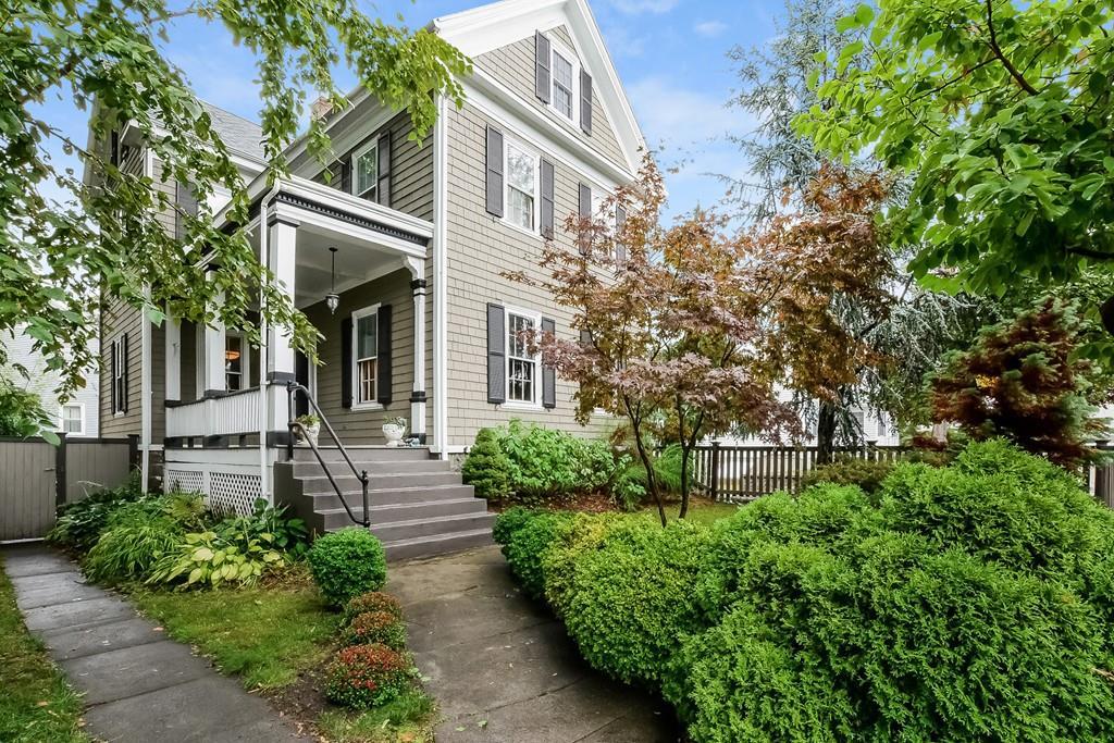 独户住宅 为 销售 在 1121 Washington St, Boston 波士顿, 马萨诸塞州, 02124 美国