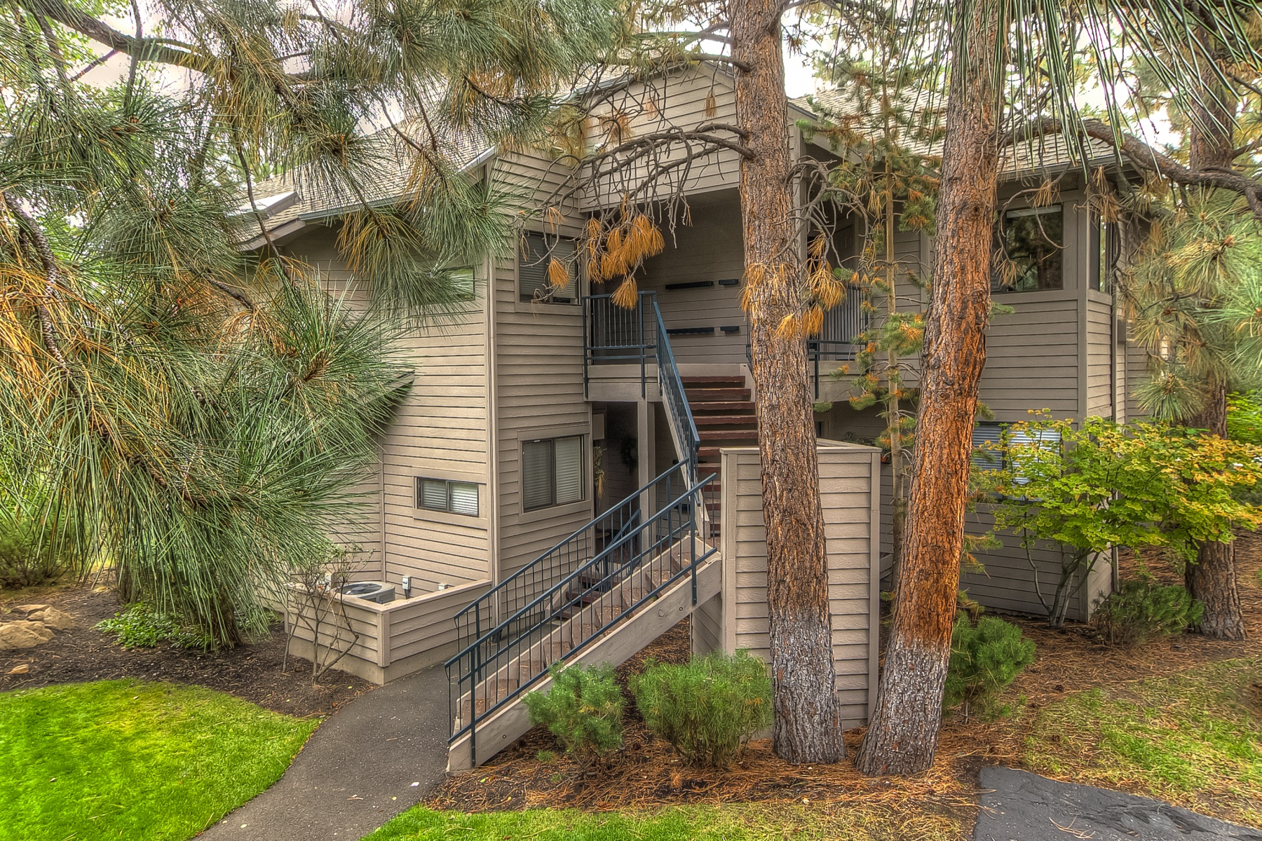 sales property at Mt Bachelor Village updated and ready for occupant