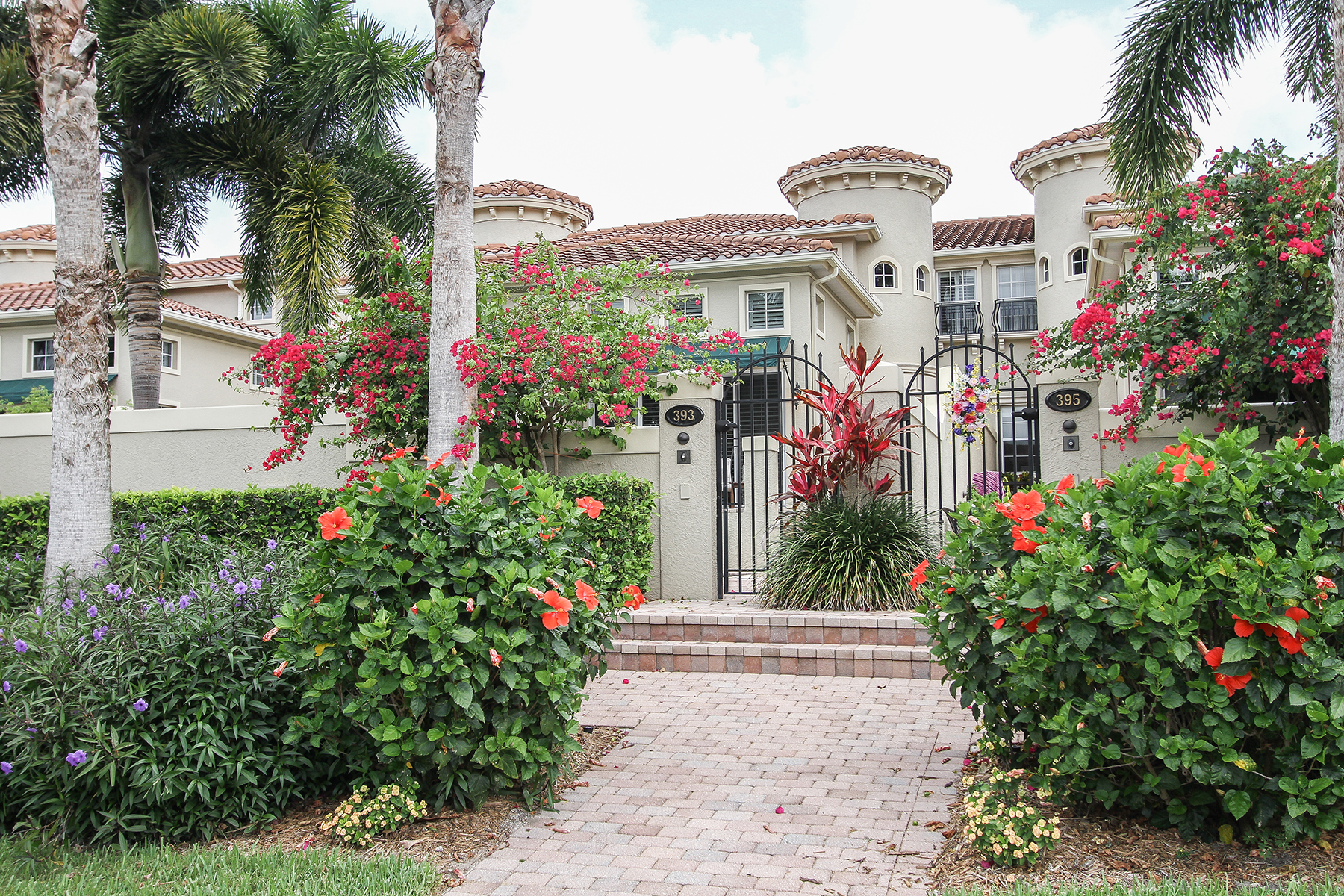 Townhouse for Rent at 393 2nd Ave S, Naples, FL 34102 393 2nd Ave S 5, Naples, Florida 34102 United States