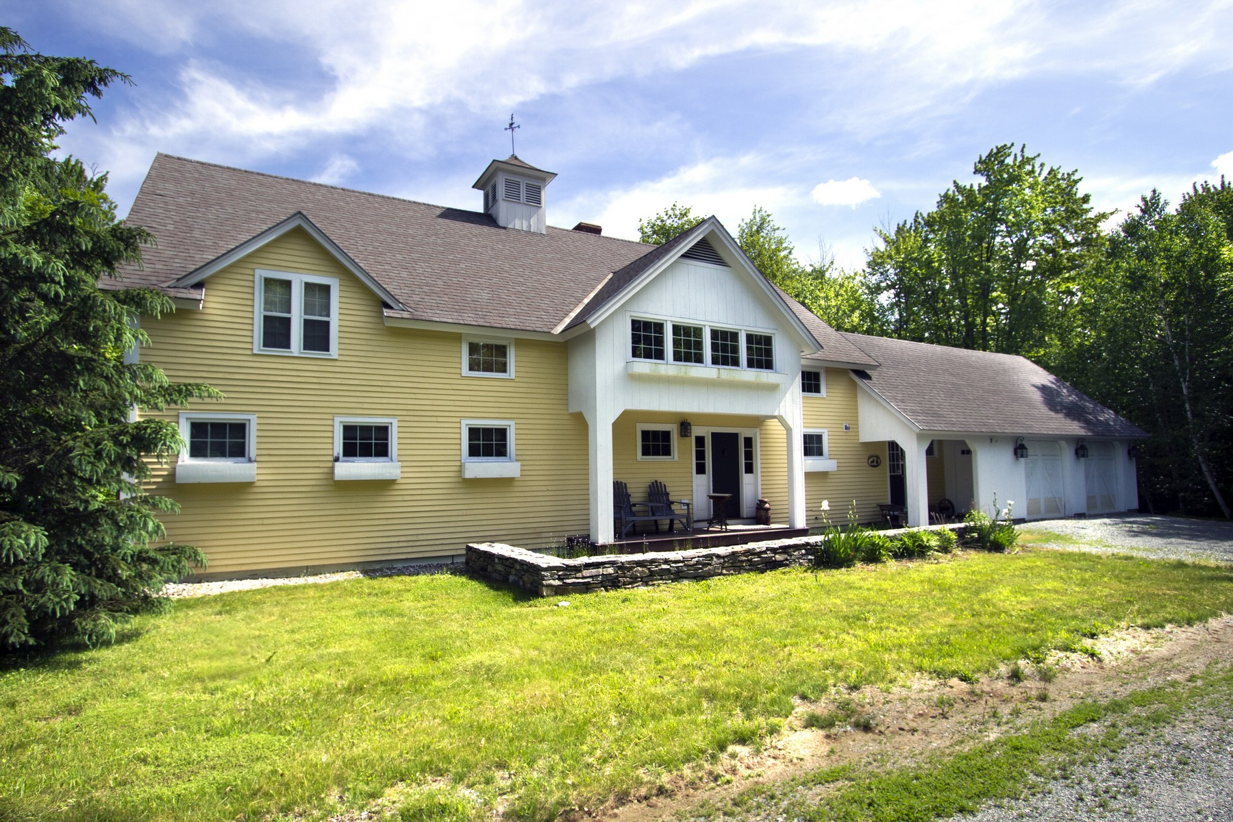Single Family Home for Sale at 30 Stark Farms Road, Winhall 30 Stark Farms Rd Winhall, Vermont, 05340 United States