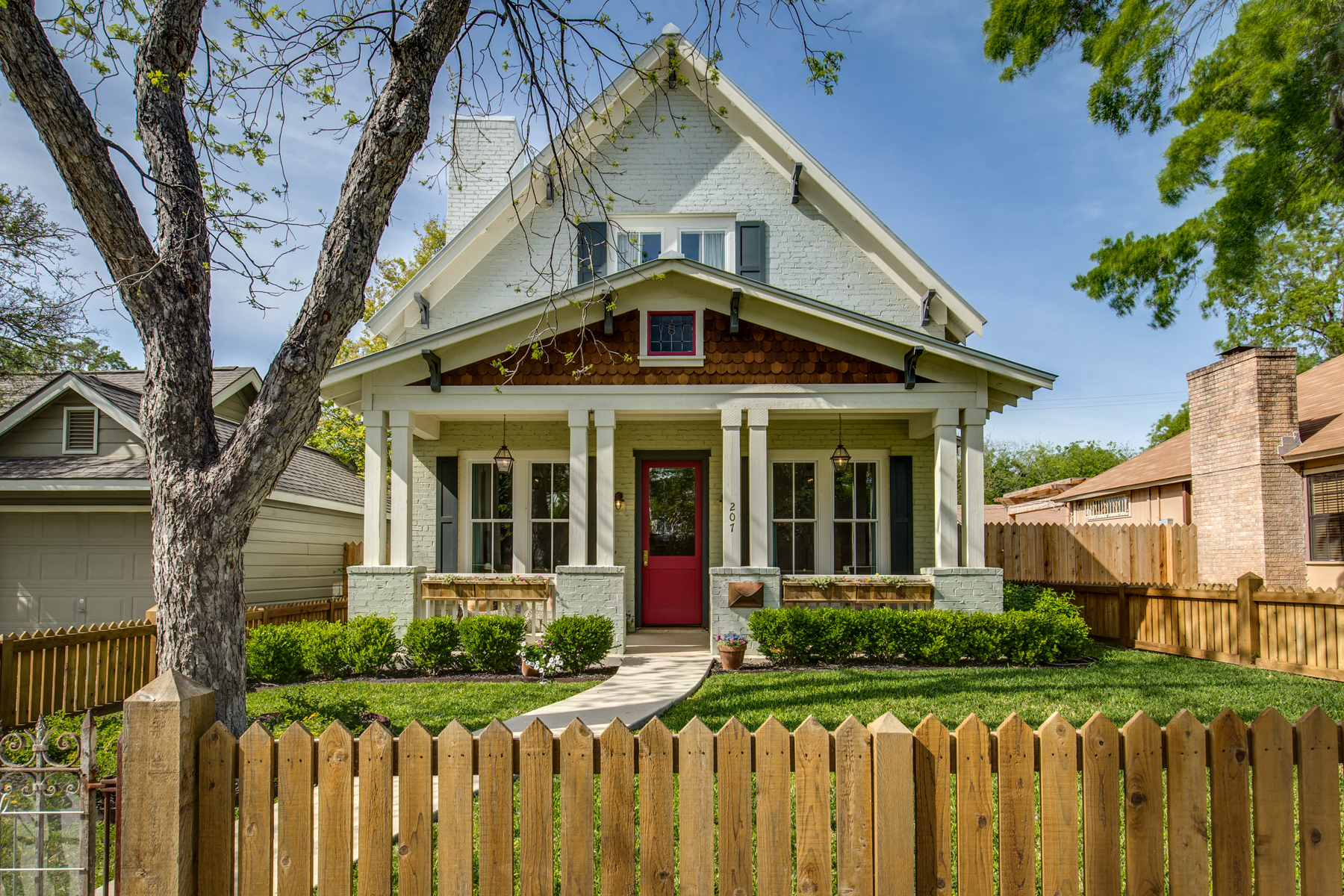 sales property at Gorgeous Home in Monte Vista Terrace
