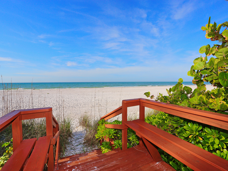 Additional photo for property listing at ANNA MARIA ISLAND 206  Spring Ln, Anna Maria, Florida 34216 United States