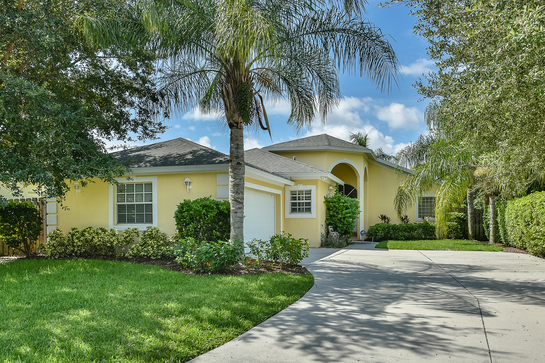 Single Family Home for Sale at TACOMA PARK 1180 29th Ave N Naples, Florida 34103 United States