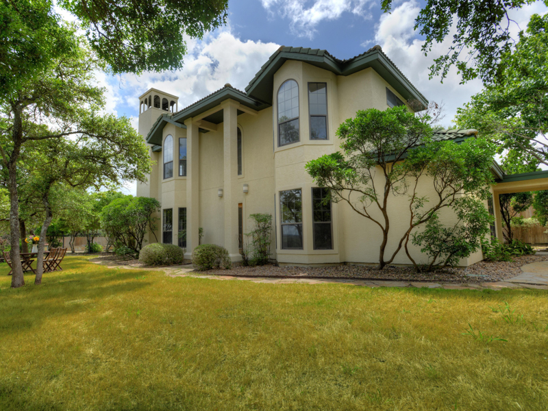 Property For Sale at Gorgeous Estate in Boerne