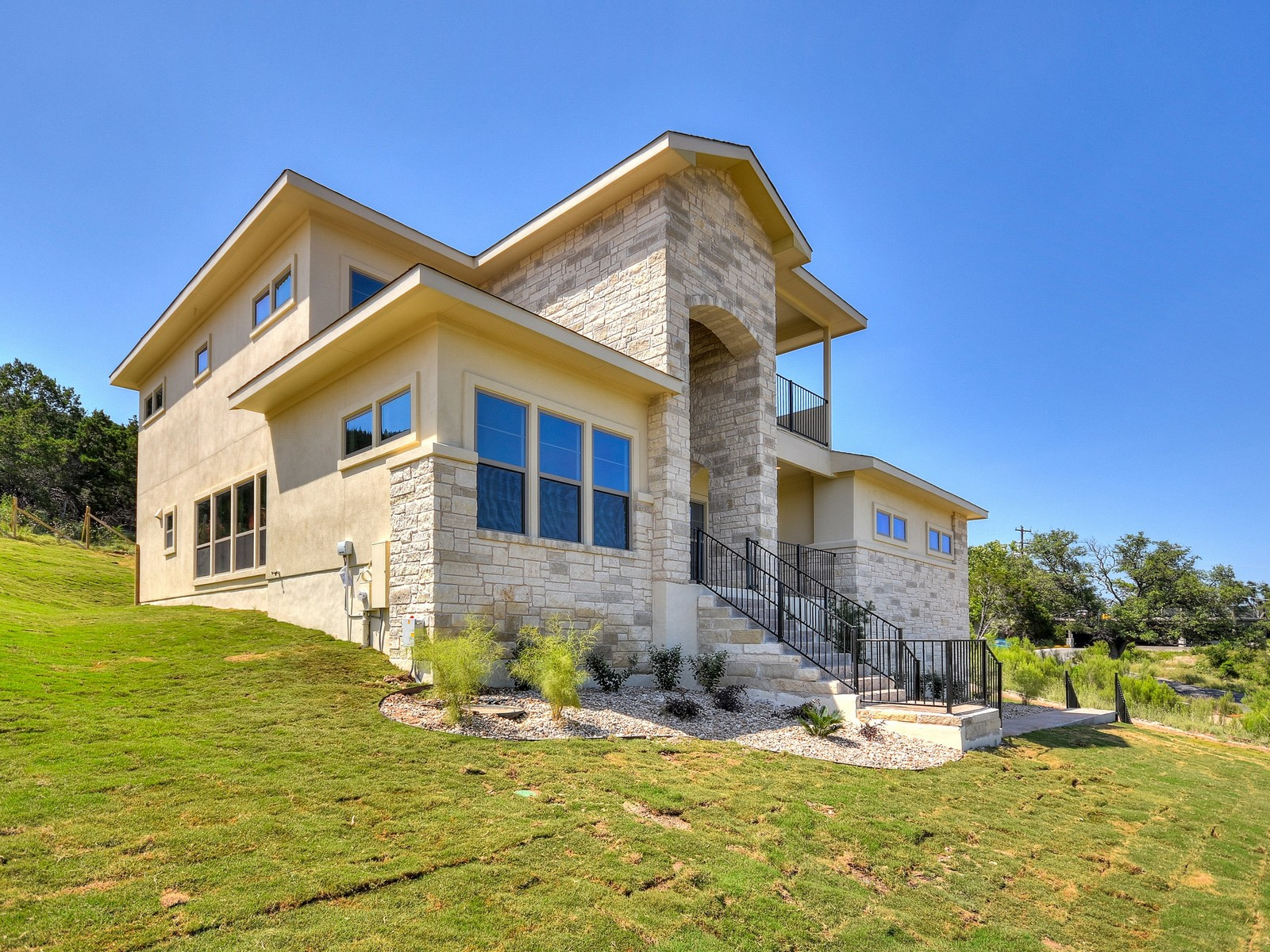 Single Family Home for Sale at Newly Constructed with Lake and Hill Country Views 113 Star St Lakeway, Texas, 78734 United States