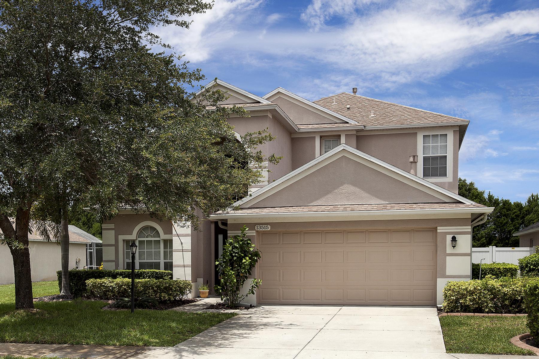 Einfamilienhaus für Verkauf beim GREENBROOK VILLAGE 13515 Glossy Ibis Pl Lakewood Ranch, Florida 34202 Vereinigte Staaten