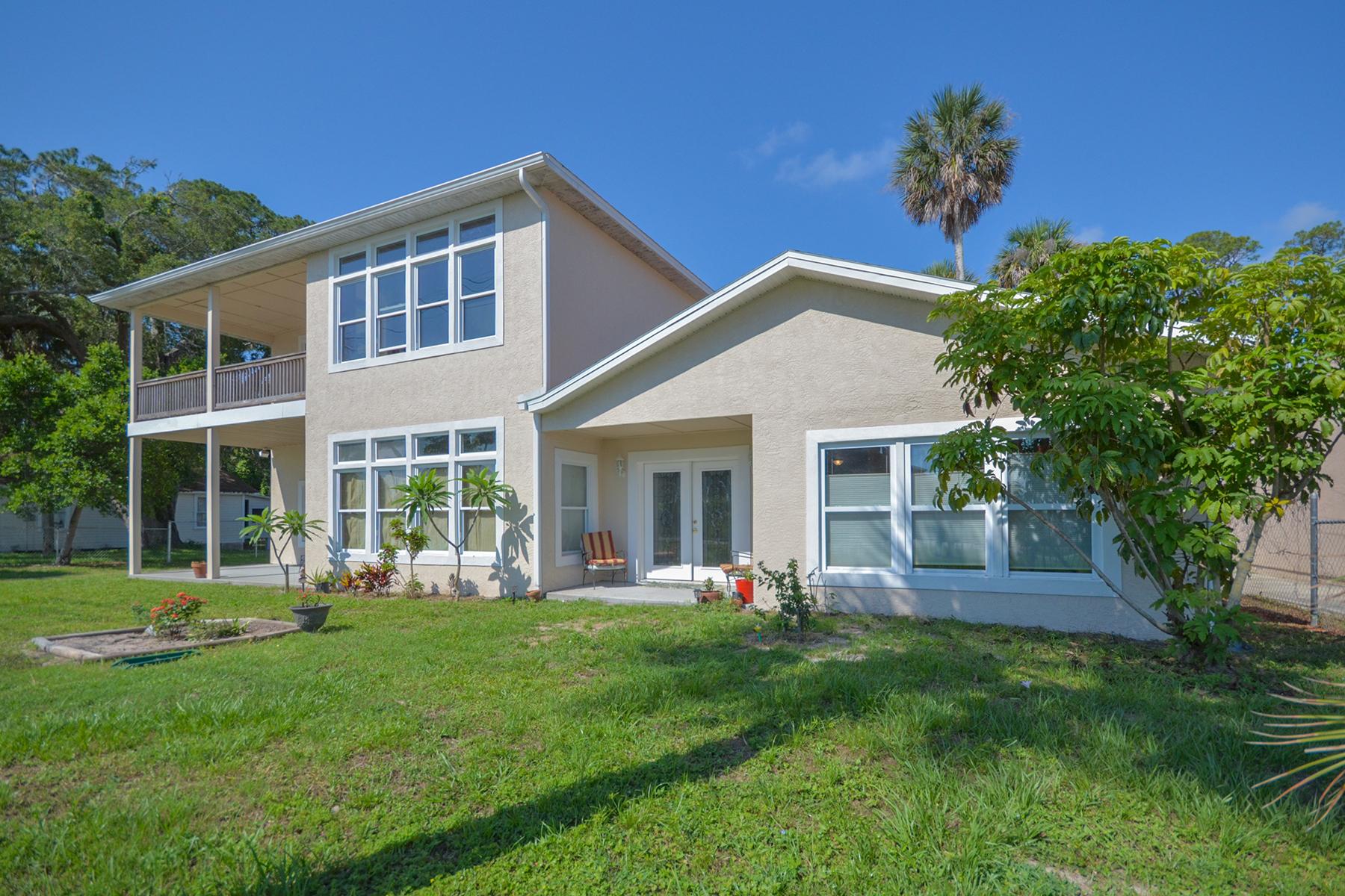 Частный односемейный дом для того Продажа на LAKE MARY - HOLLY HILL 1618 Riverside Dr Holly Hill, Флорида, 32117 Соединенные Штаты