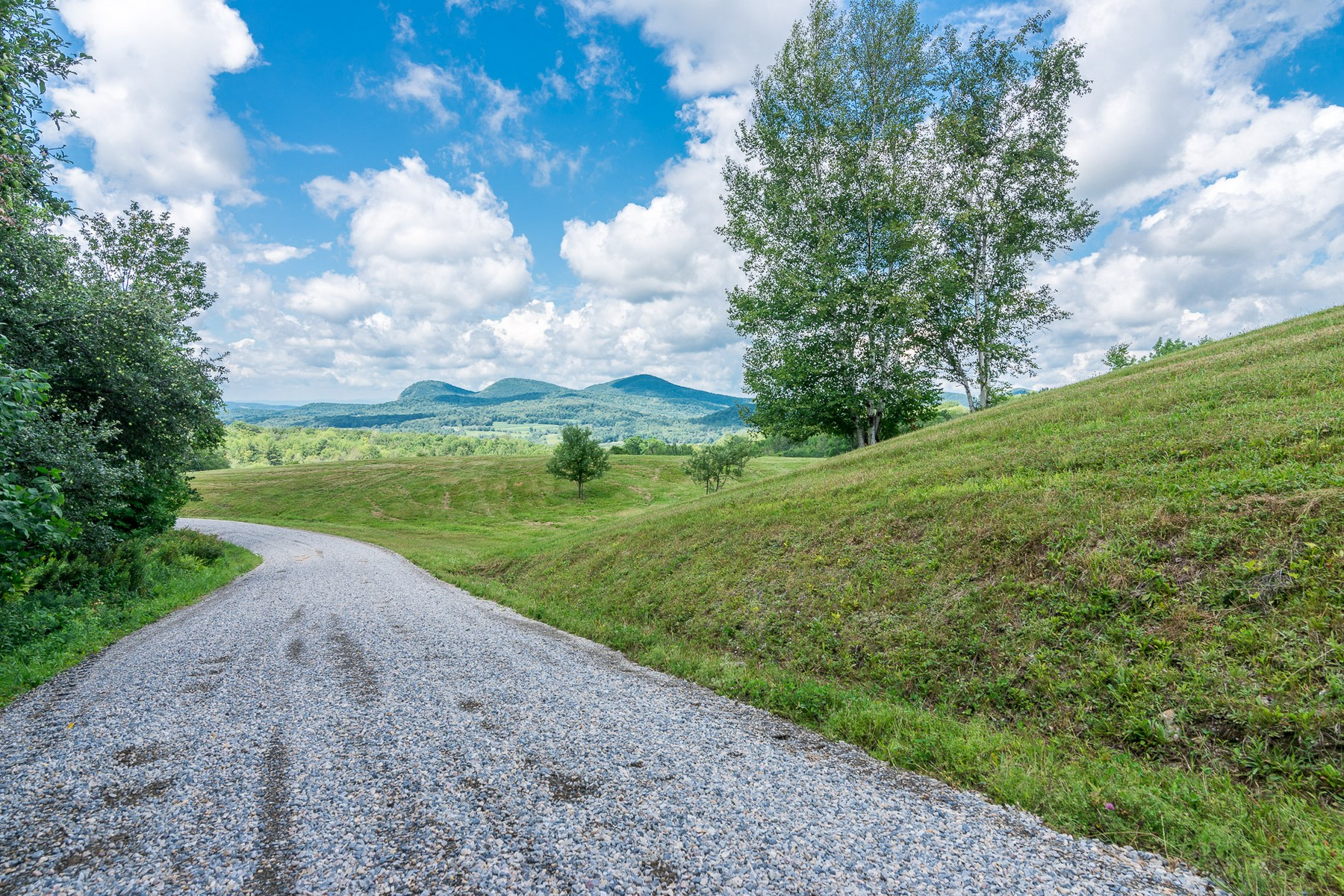 Additional photo for property listing at 1638 Lilly Hill Rd, Danby  Danby, Vermont 05761 United States