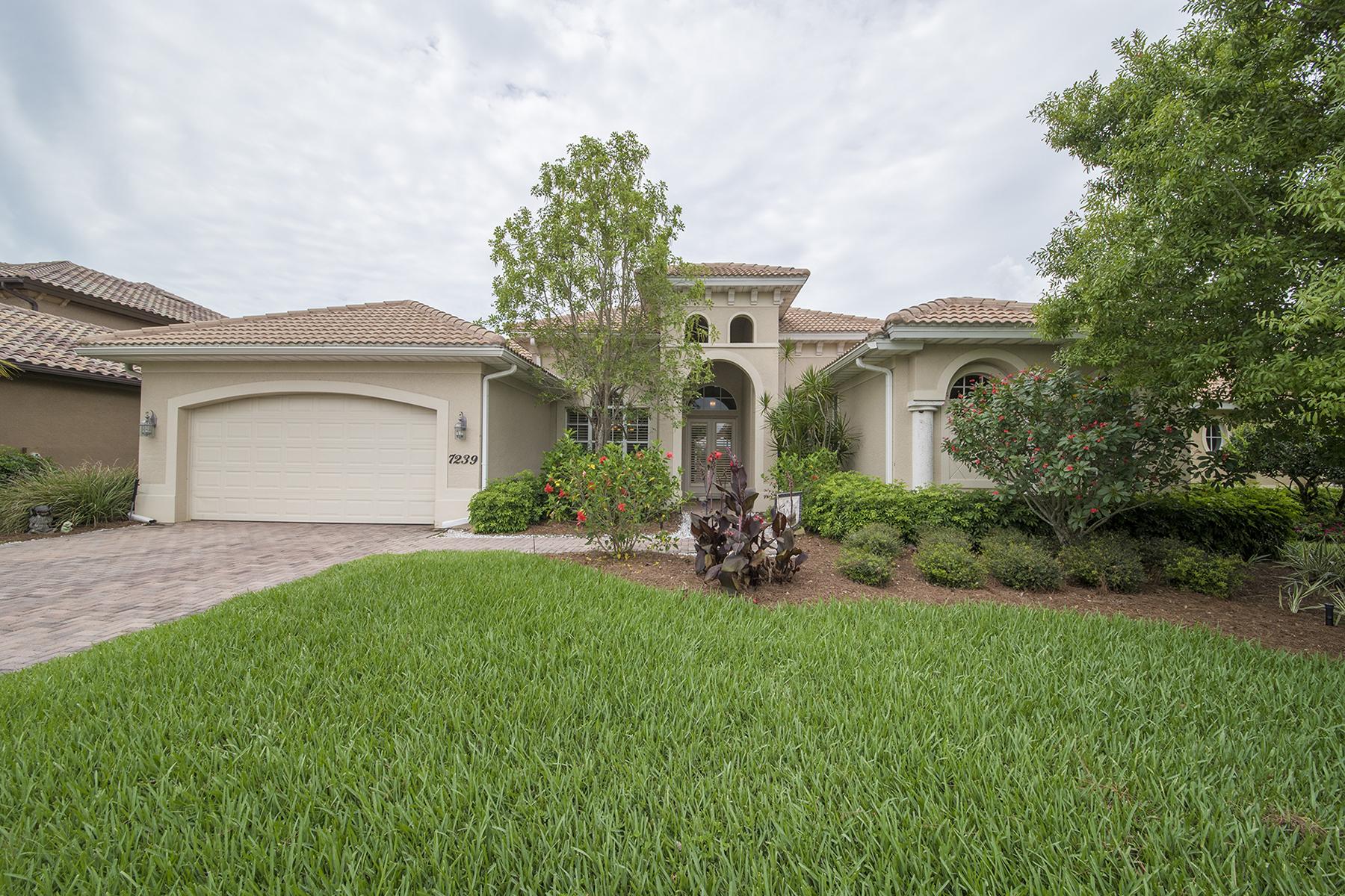 Maison unifamiliale pour l Vente à BLACK BEAR RIDGE 7239 Acorn Way Naples, Florida 34119 États-Unis