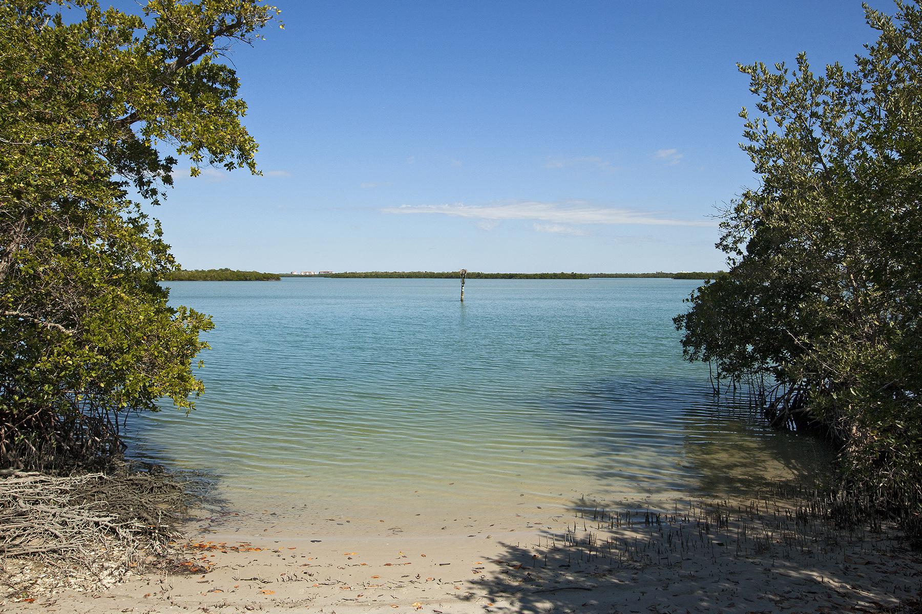 土地 为 销售 在 KEY MARCO - MARCO ISLAND 1255 Bluehill Creek Dr 马可岛, 佛罗里达州, 34145 美国