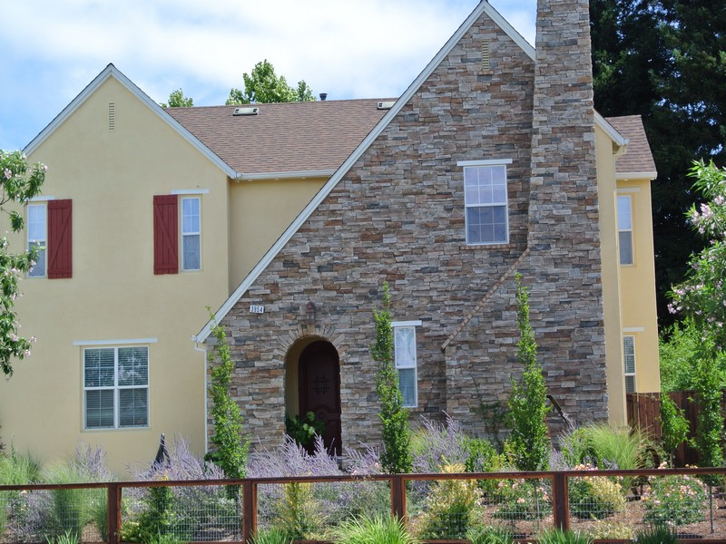 sales property at 3954 Jefferson St, Napa, CA 94558