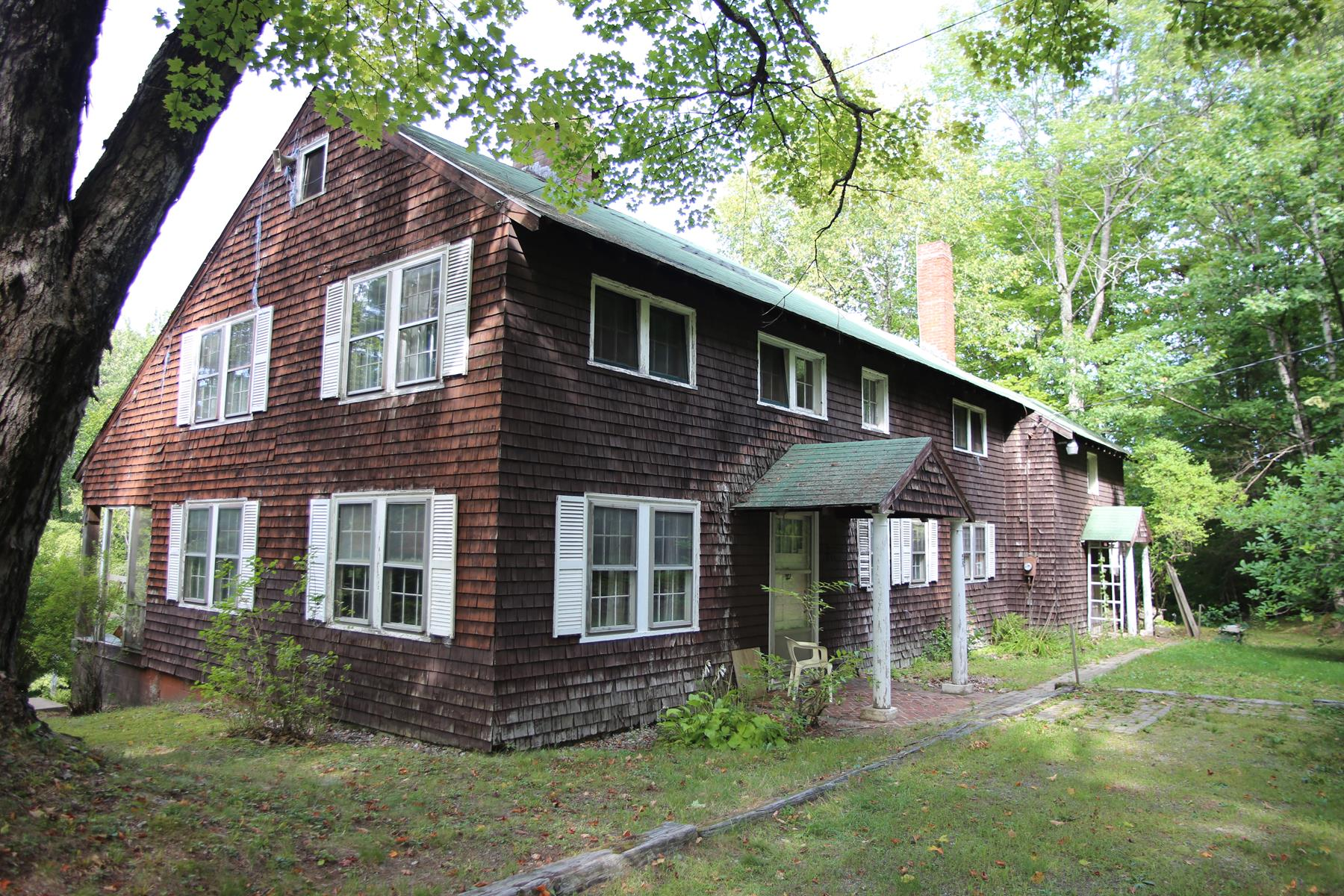 Maison unifamiliale pour l Vente à 59 Lynch Road, Hill 59 Lynch Rd Hill, New Hampshire, 03243 États-Unis