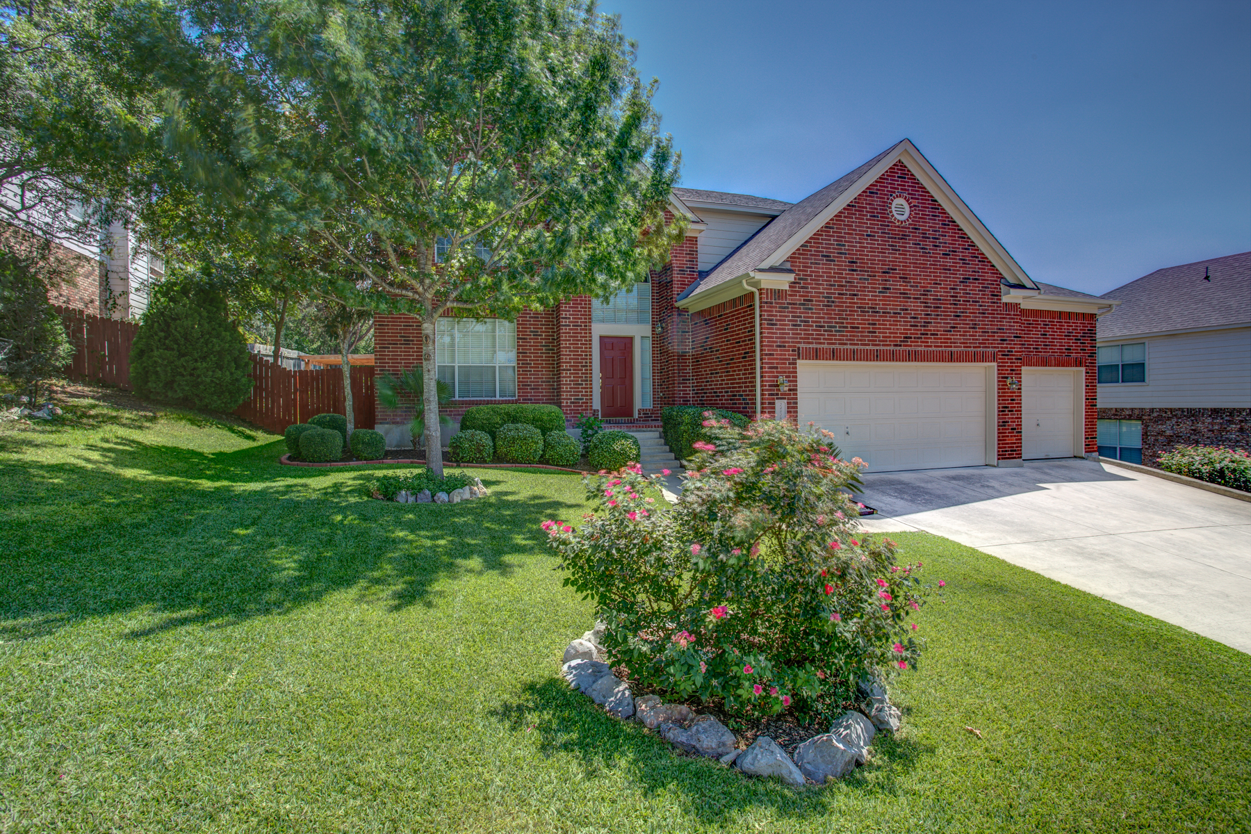 Single Family Home for Sale at Lovely Home in the Estates at Arrowhead 24826 Twin Arrows San Antonio, Texas 78256 United States