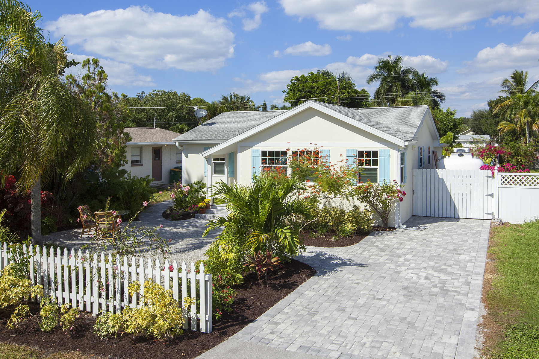 sales property at 763 94th Ave N, Naples, FL 34108