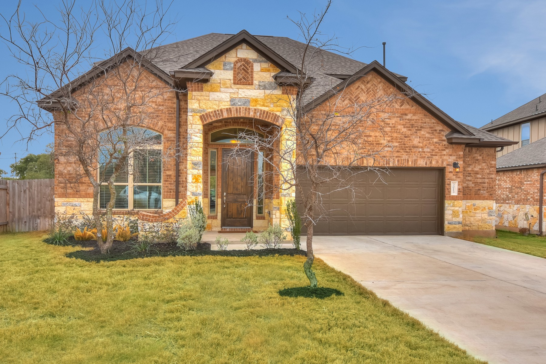 Single Family Home for Sale at Beautiful Scottsdale Crossing Home 3013 Tempe Dr Leander, Texas 78641 United States