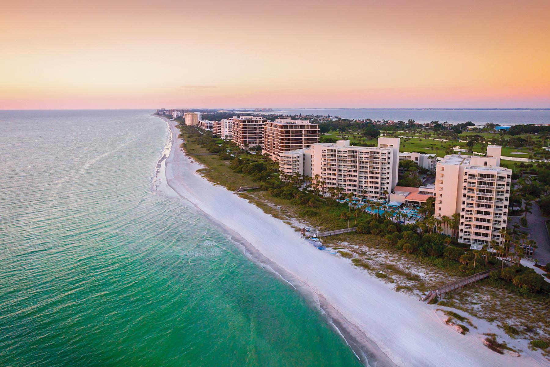 Appartement en copropriété pour l Vente à INN ON THE BEACH 250 Sands Point Rd 5106 Longboat Key, Florida, 34228 États-Unis