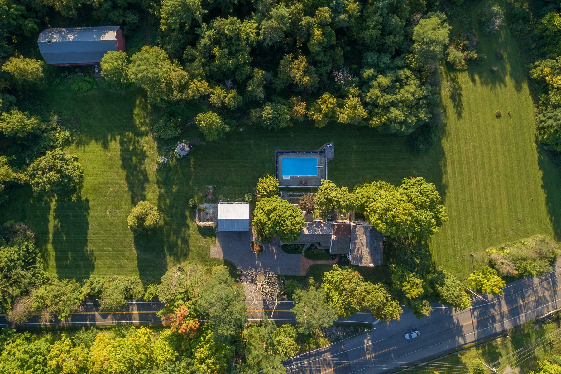 Additional photo for property listing at Historic Home on 114 Acres 4065  Pompey Hollow Rd Cazenovia, New York 13035 États-Unis
