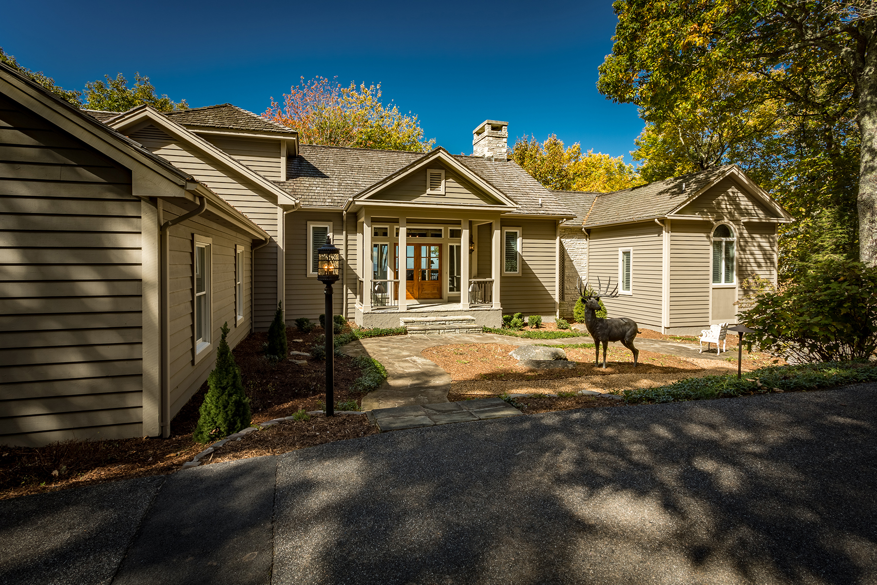 Maison unifamiliale pour l Vente à BANNER ELK - ELK RIVER CLUB 33 Summit Ledges Lane Banner Elk, Carolina Du Nord 28604 États-Unis
