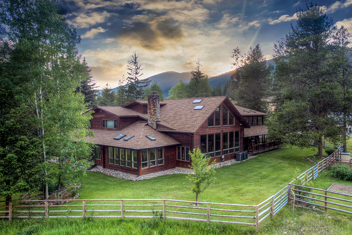 Single Family Home for Sale at 6904 W Fork Rd , Darby, MT 59829 Darby, Montana, 59829 United States