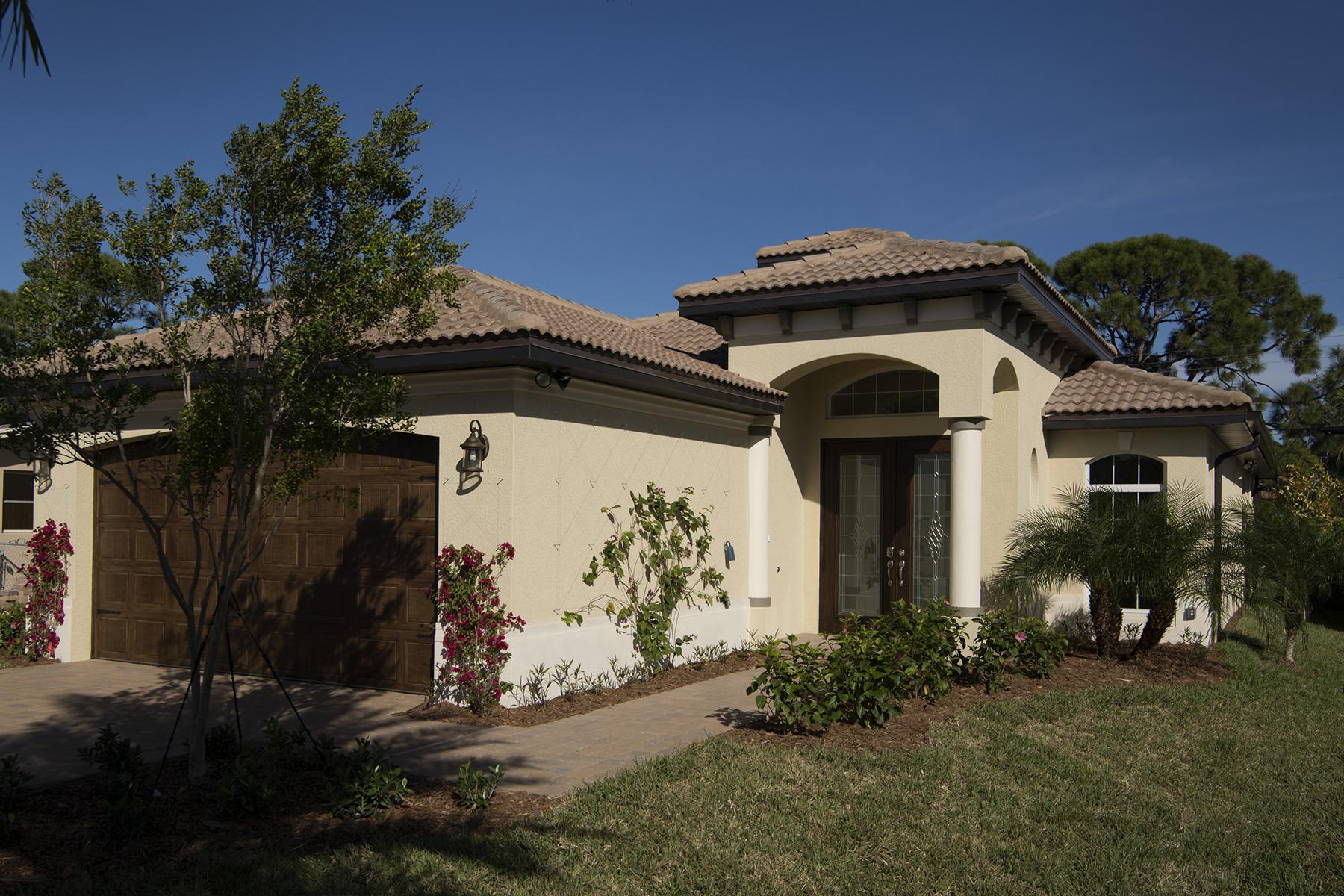 단독 가정 주택 용 매매 에 NAPLES PARK 631 96th Ave N Naples, 플로리다 34108 미국