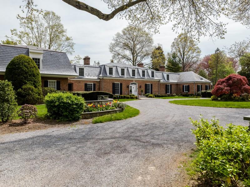 단독 가정 주택 용 매매 에 Estate 28 Applegreen Dr Old Westbury, 뉴욕, 11568 미국