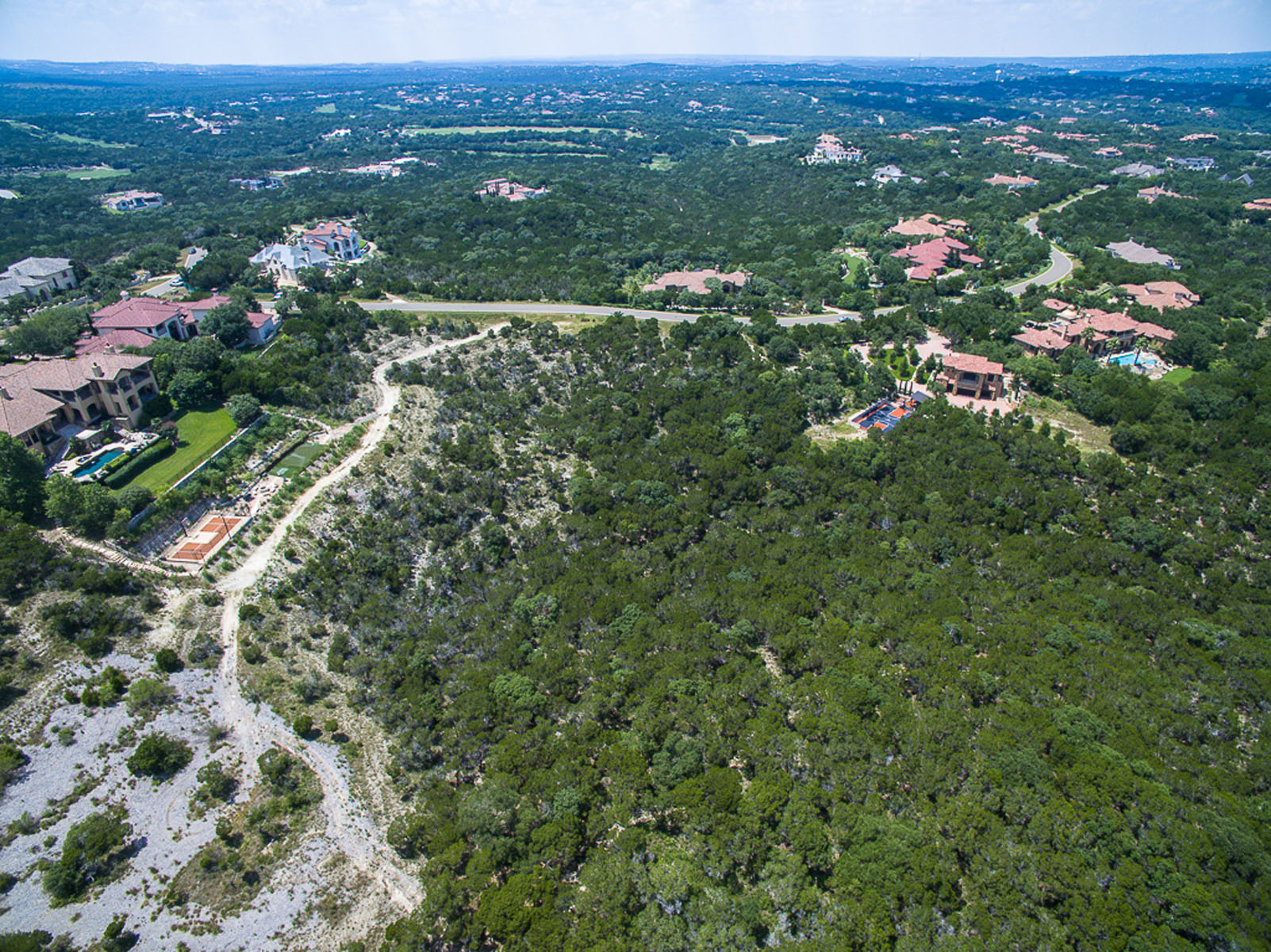 Additional photo for property listing at Hill Country and Valley Views 4509 Mirador Dr Austin, Texas 78735 Estados Unidos