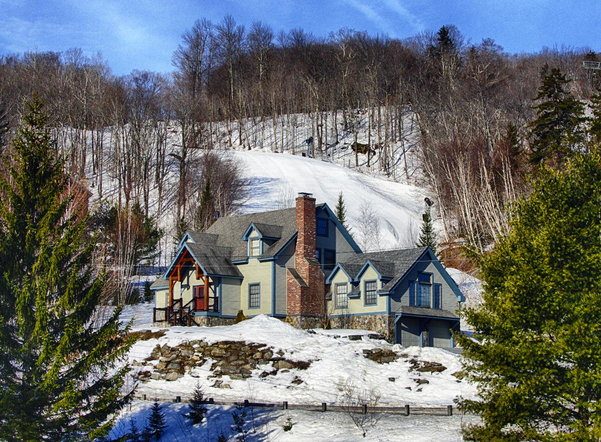 Moradia para Venda às Spectacular Trailside Timber-Frame 18 Carinthia Rd Dover, Vermont 05356 Estados Unidos