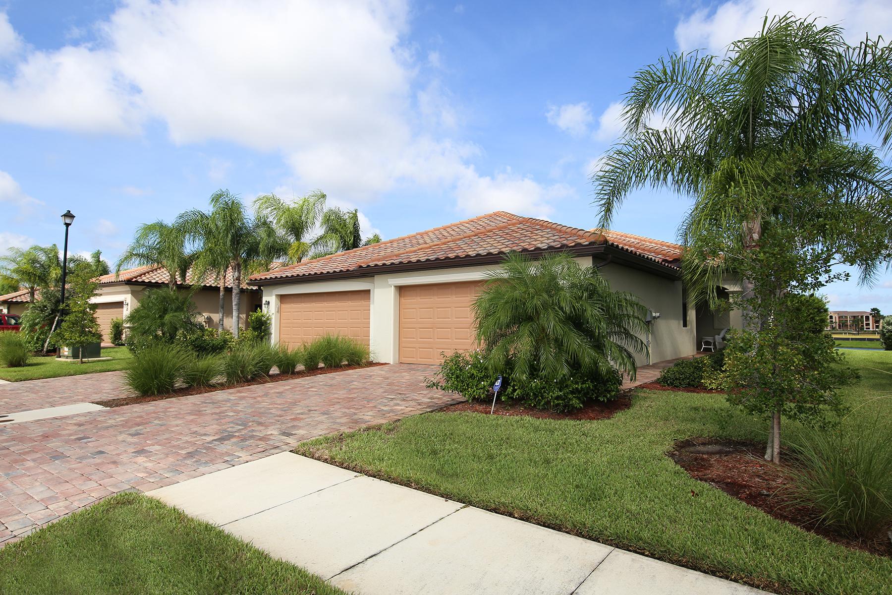 Casa unifamiliar adosada (Townhouse) por un Venta en RIVER STRAND 6627 Candlestick Dr Bradenton, Florida, 34212 Estados Unidos