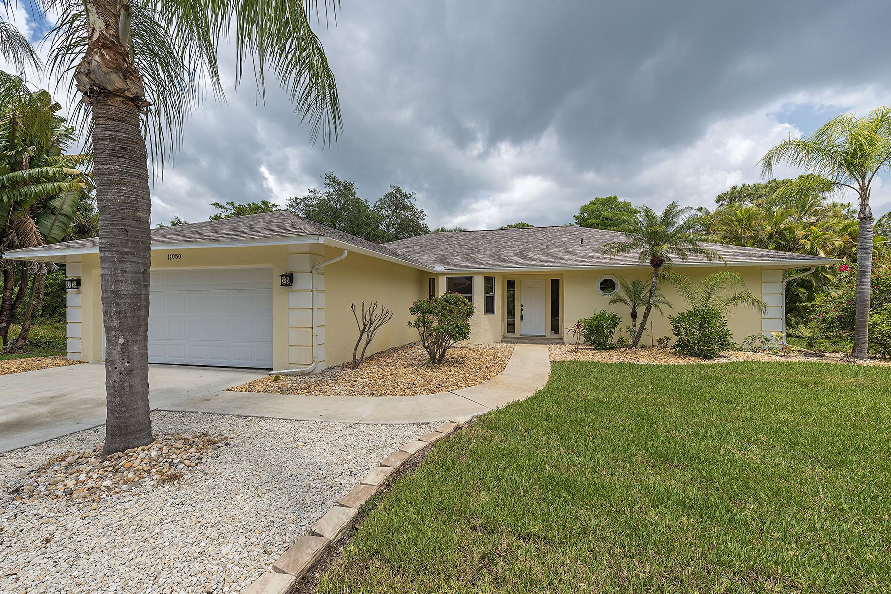 Casa para uma família para Venda às BONITA SPRINGS 11080 Cherry Dr Bonita Springs, Florida, 34135 Estados Unidos