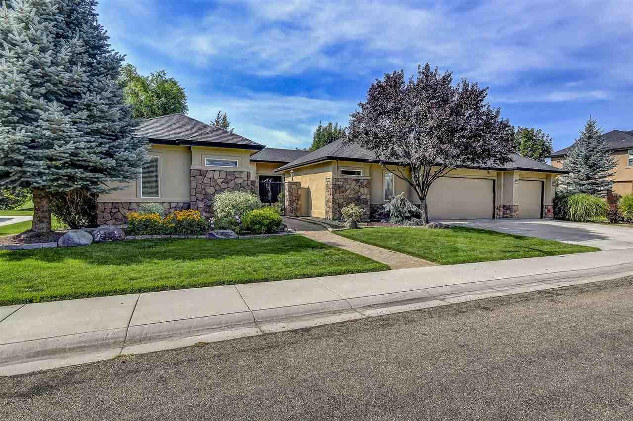Casa para uma família para Venda às 687 Oakhampton, Eagle 687 W Oakhampton Eagle, Idaho, 83616 Estados Unidos