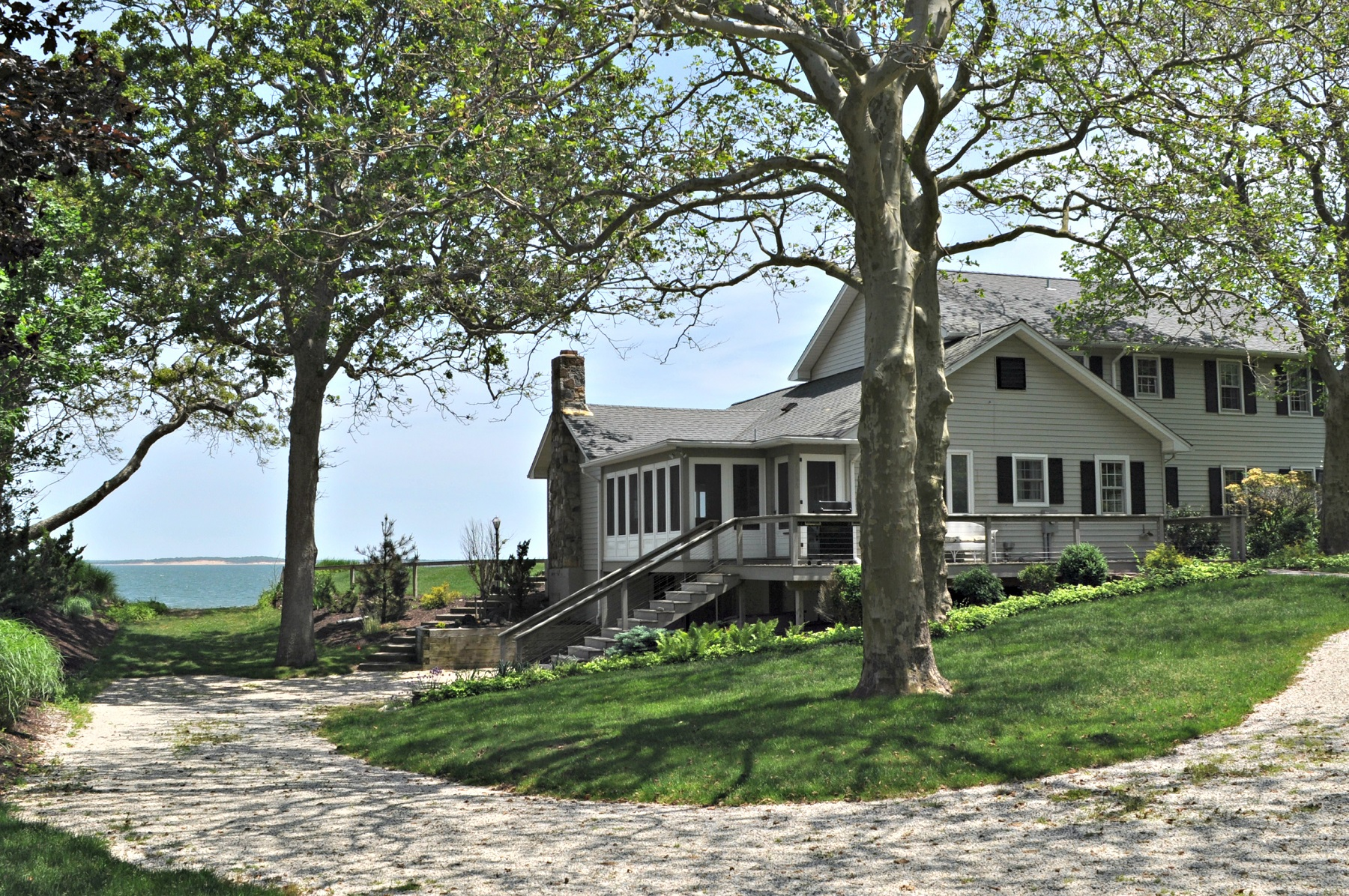 Single Family Home for Sale at Colonial 7955 Nassau Point Rd Cutchogue, New York, 11935 United States