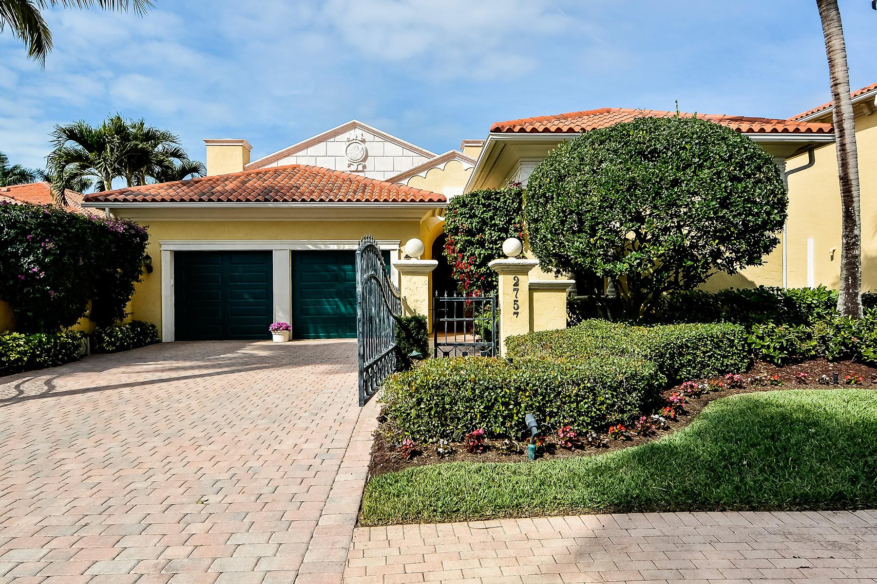 Casa Unifamiliar por un Venta en TIBURON - NORMAN ESTATES 2757 Medallist Ln Naples, Florida 34109 Estados Unidos