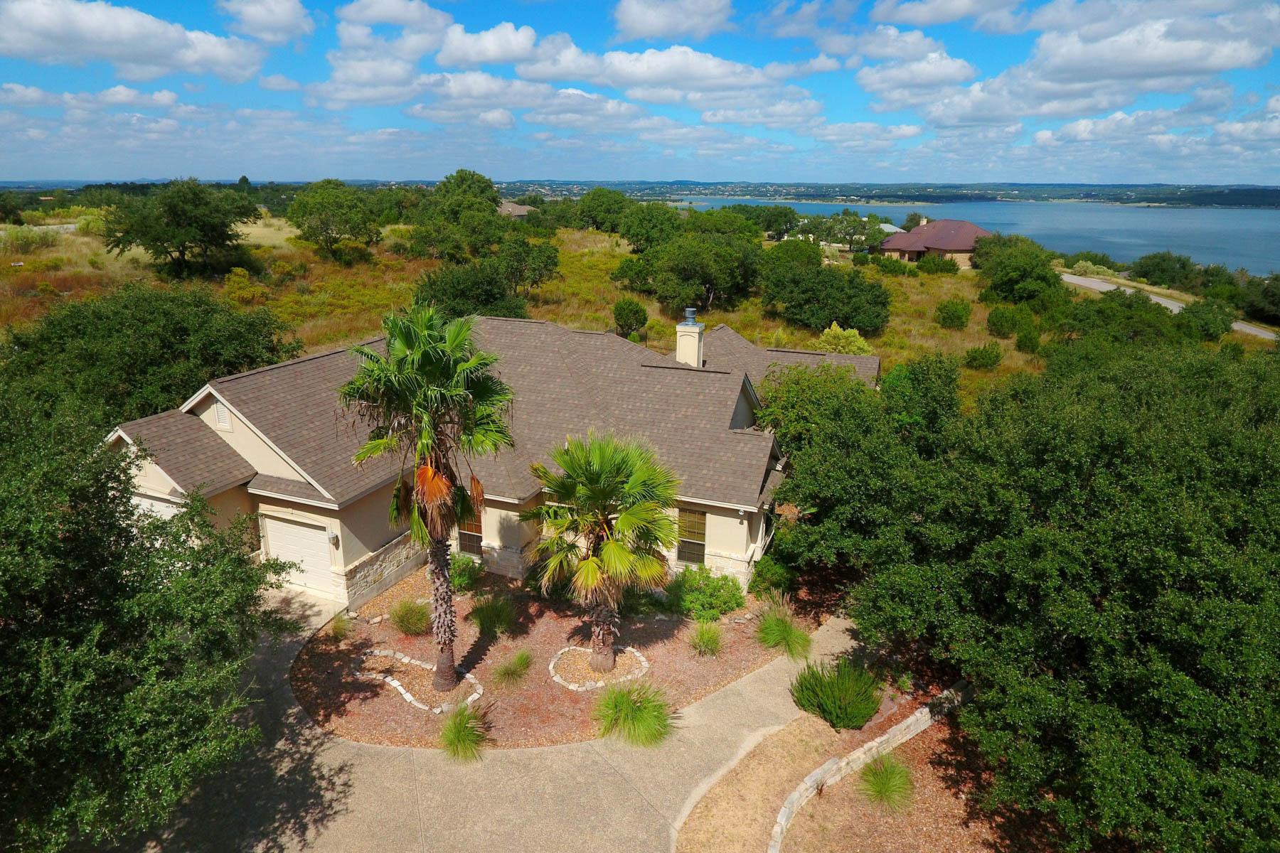 Casa Unifamiliar por un Venta en Lake Views in Oak Shores Estates 195 Scarlet Ct Canyon Lake, Texas 78133 Estados Unidos