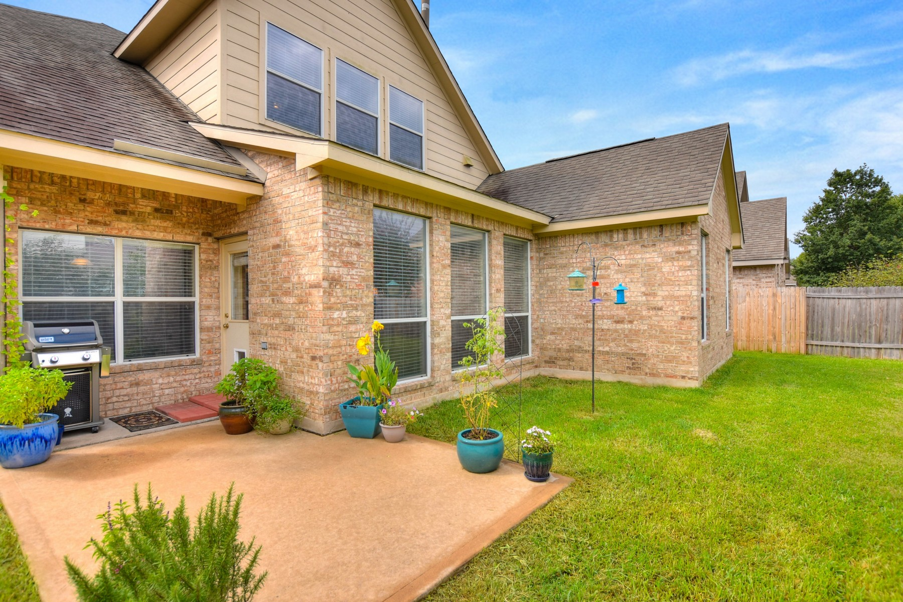 Additional photo for property listing at Spacious Home Loaded with Charm and Character 1817 Nelson Ranch Loop Cedar Park, Texas 78613 United States