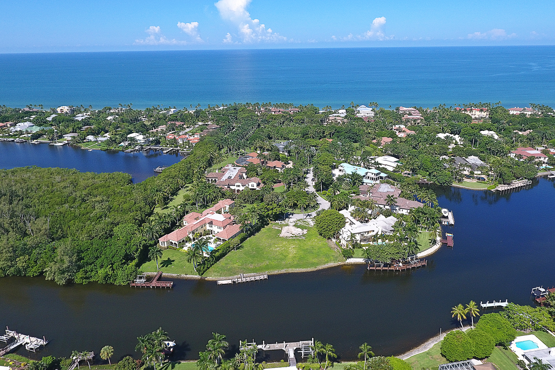 Terreno por un Venta en PORT ROYAL 3300 Green Dolphin Ln Naples, Florida, 34102 Estados Unidos