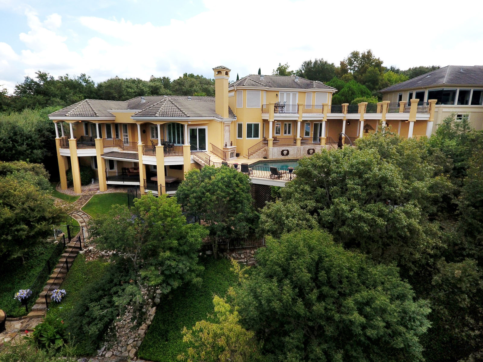 Additional photo for property listing at Palatial Terraces of Home and Land 16008 Fontaine Ave Austin, Texas 78734 Estados Unidos