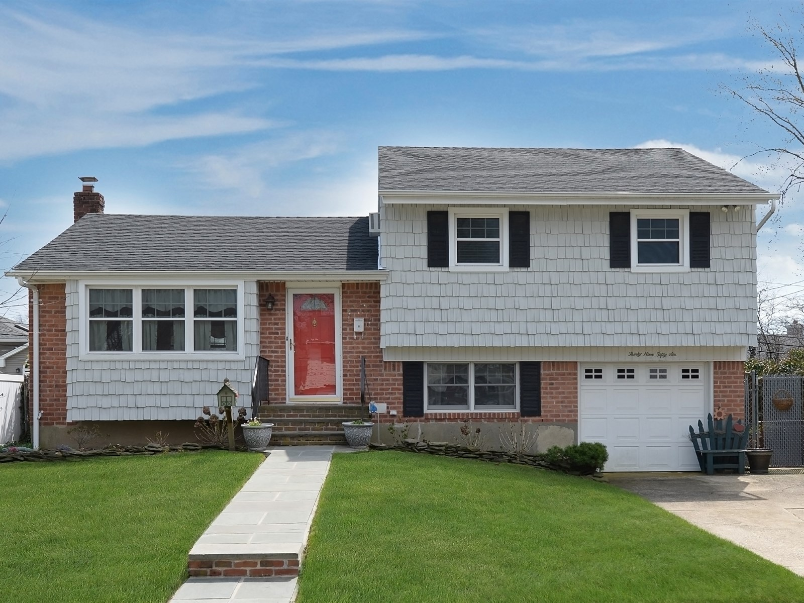 Single Family Home for Sale at Split 3956 Bernice Rd Seaford, New York, 11783 United States