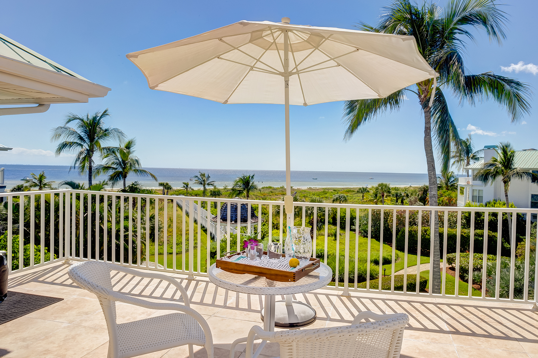 Maison unifamiliale pour l Vente à SANIBEL 407 Bella Vista Way E Sanibel, Florida, 33957 États-Unis
