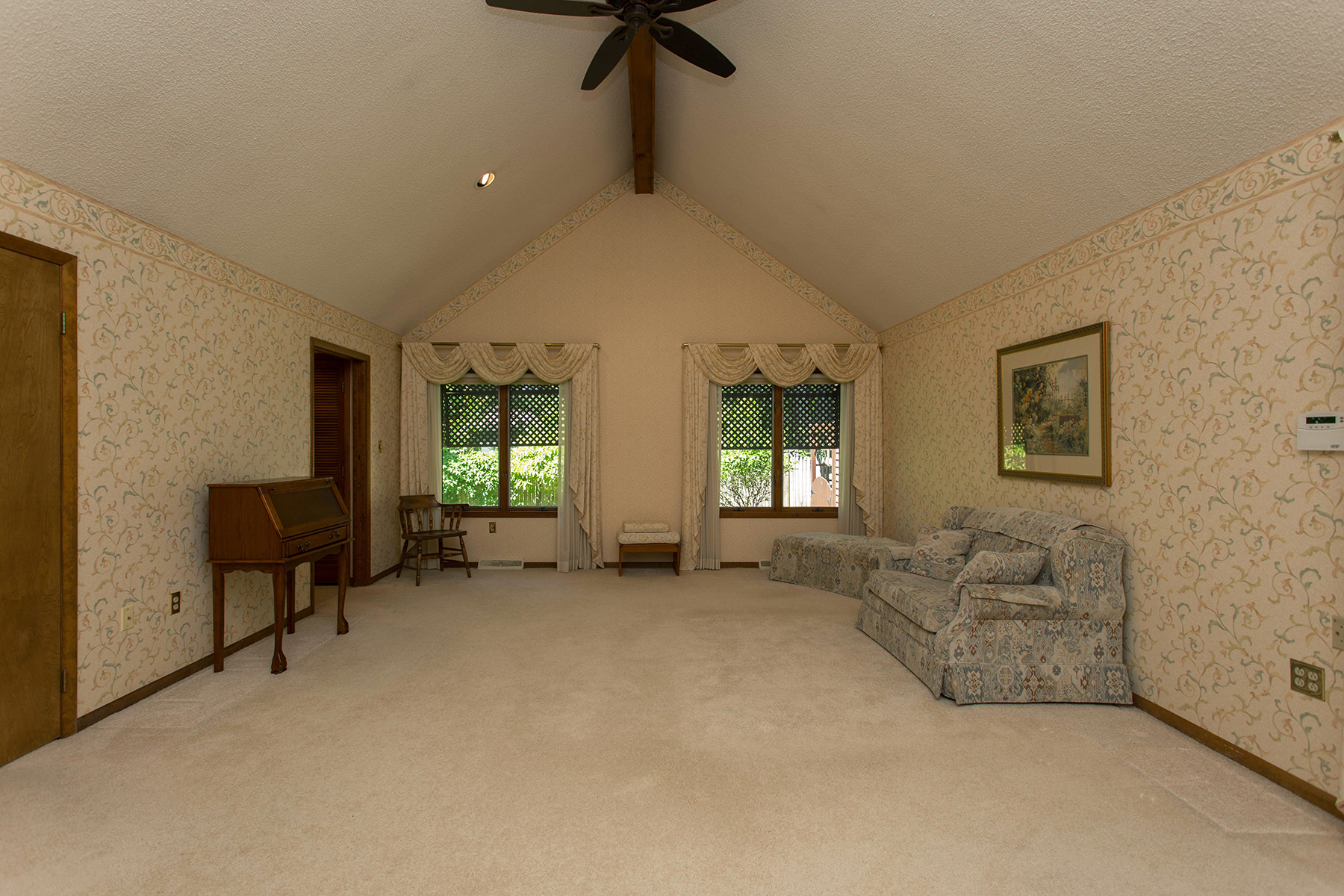 Additional photo for property listing at Heated Indoor Pool 3  Mystic La Saratoga Springs, New York 12866 United States
